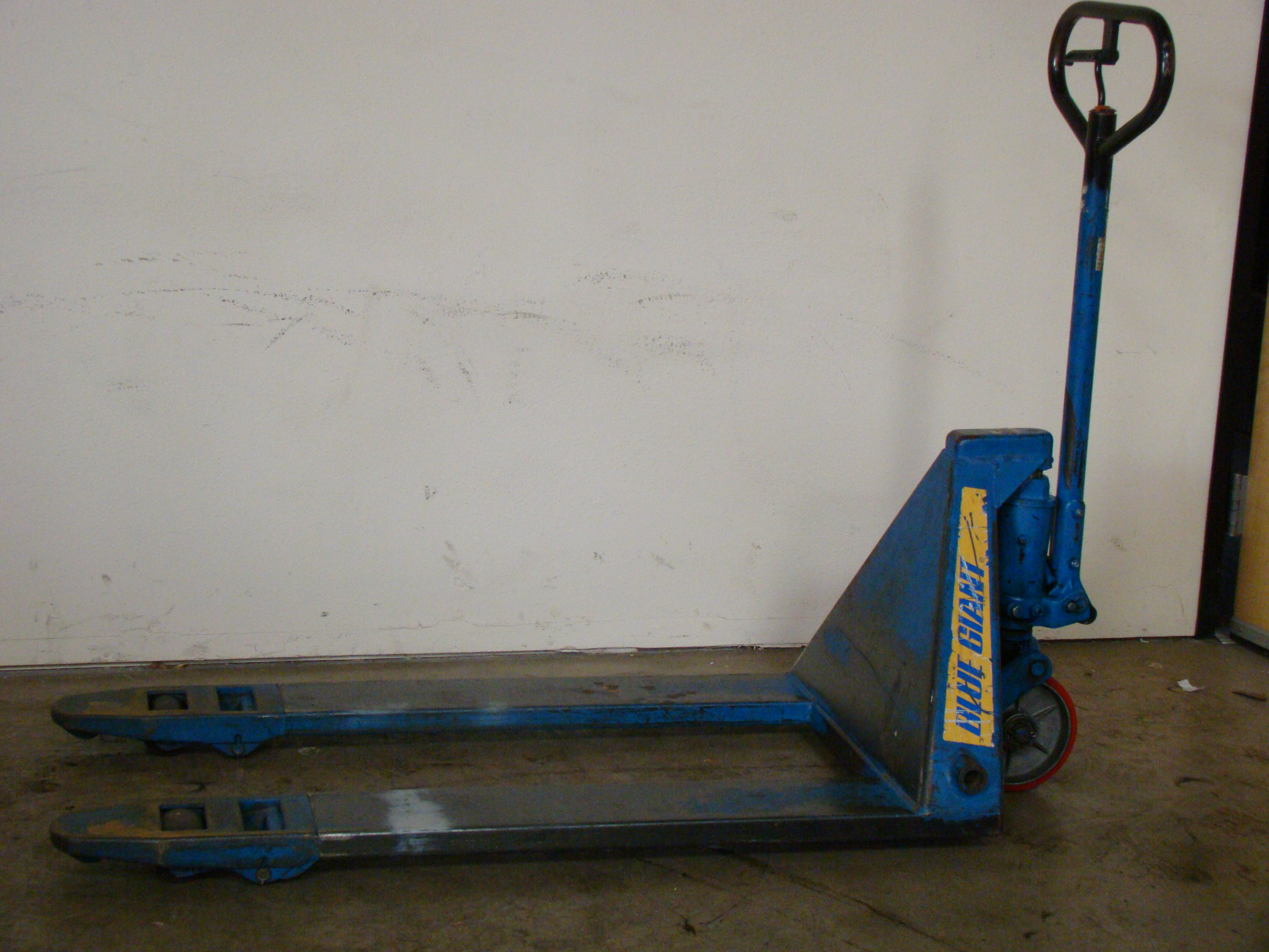 Blue Giant Pallet Jack, Model T50