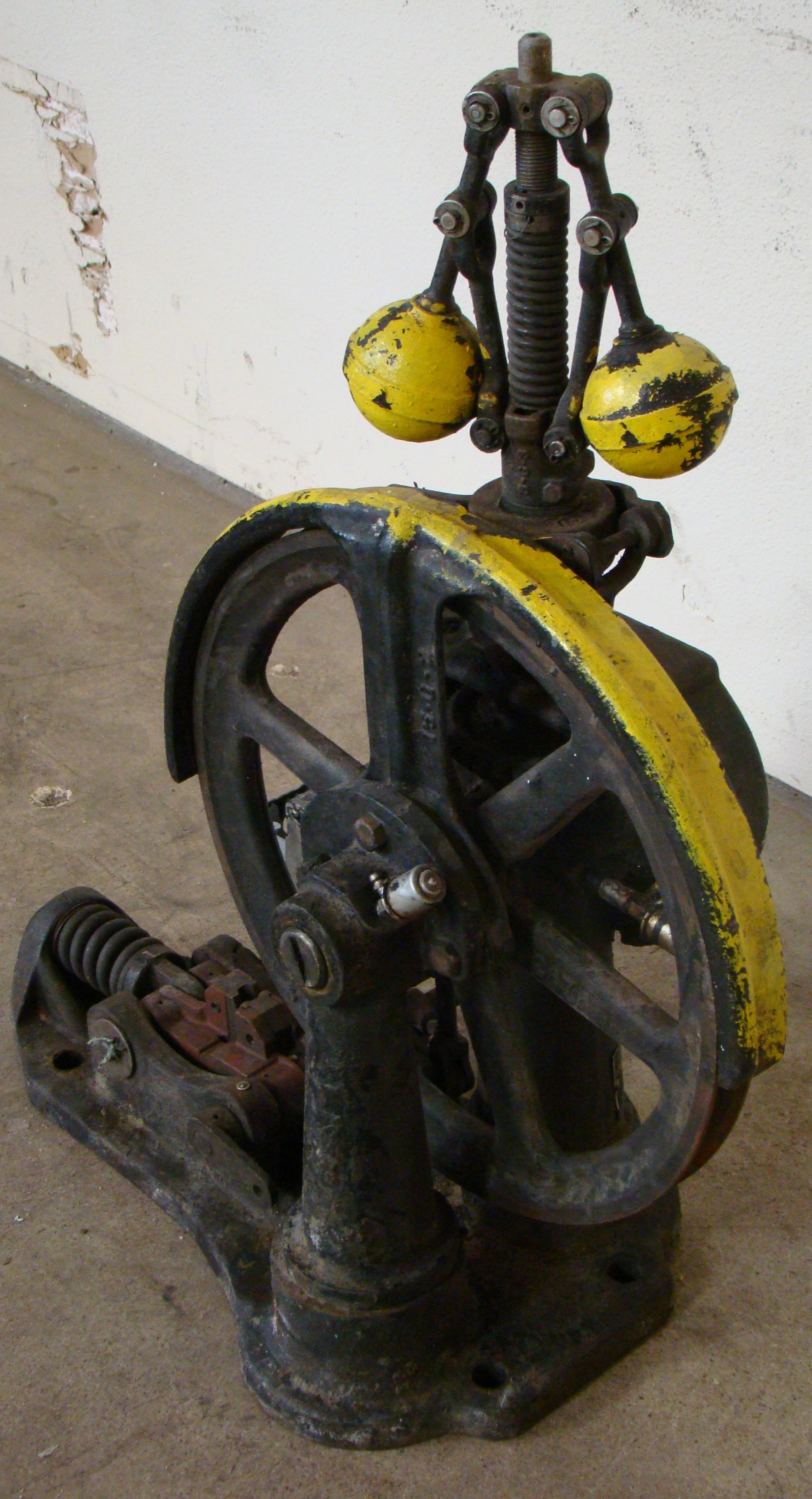 Antique Otis Elevator Safety Governor Brake, Cast Iron Brass Steampunk Carspeed, 700 FPM - Image 2 of 5