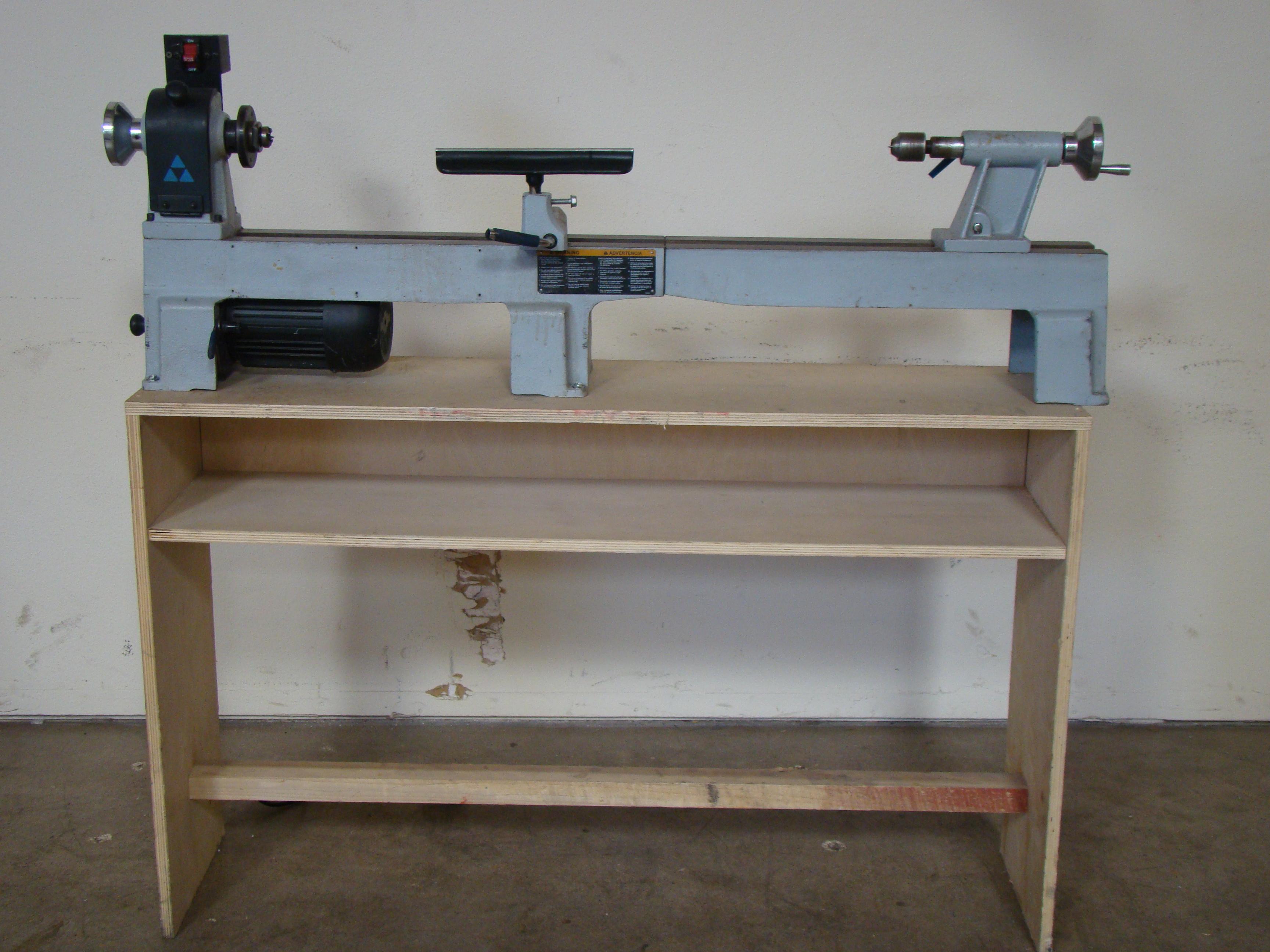 Delta Wood Lathe Model LA200 1/2 HP 120V 1PH - Image 9 of 9