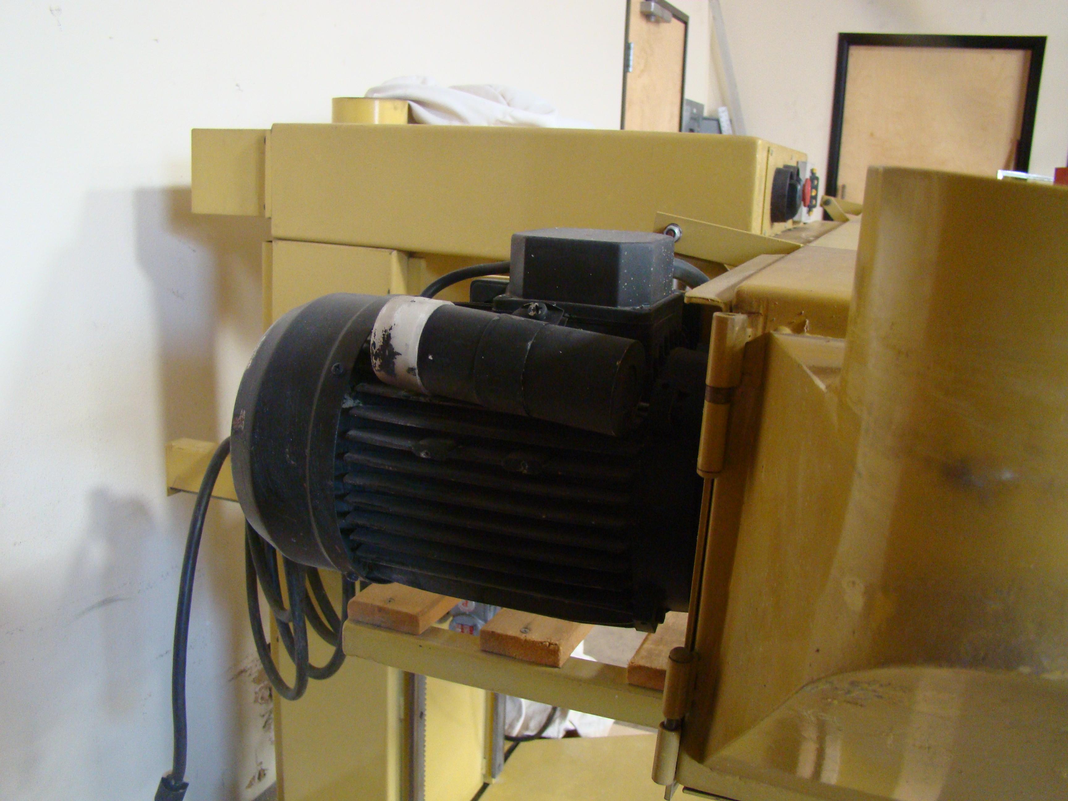 "SCMI Mini-Max 6"" Stroke Sander & Dust Collector Model #EE1500 230 Volt 1PH - Image 5 of 7"
