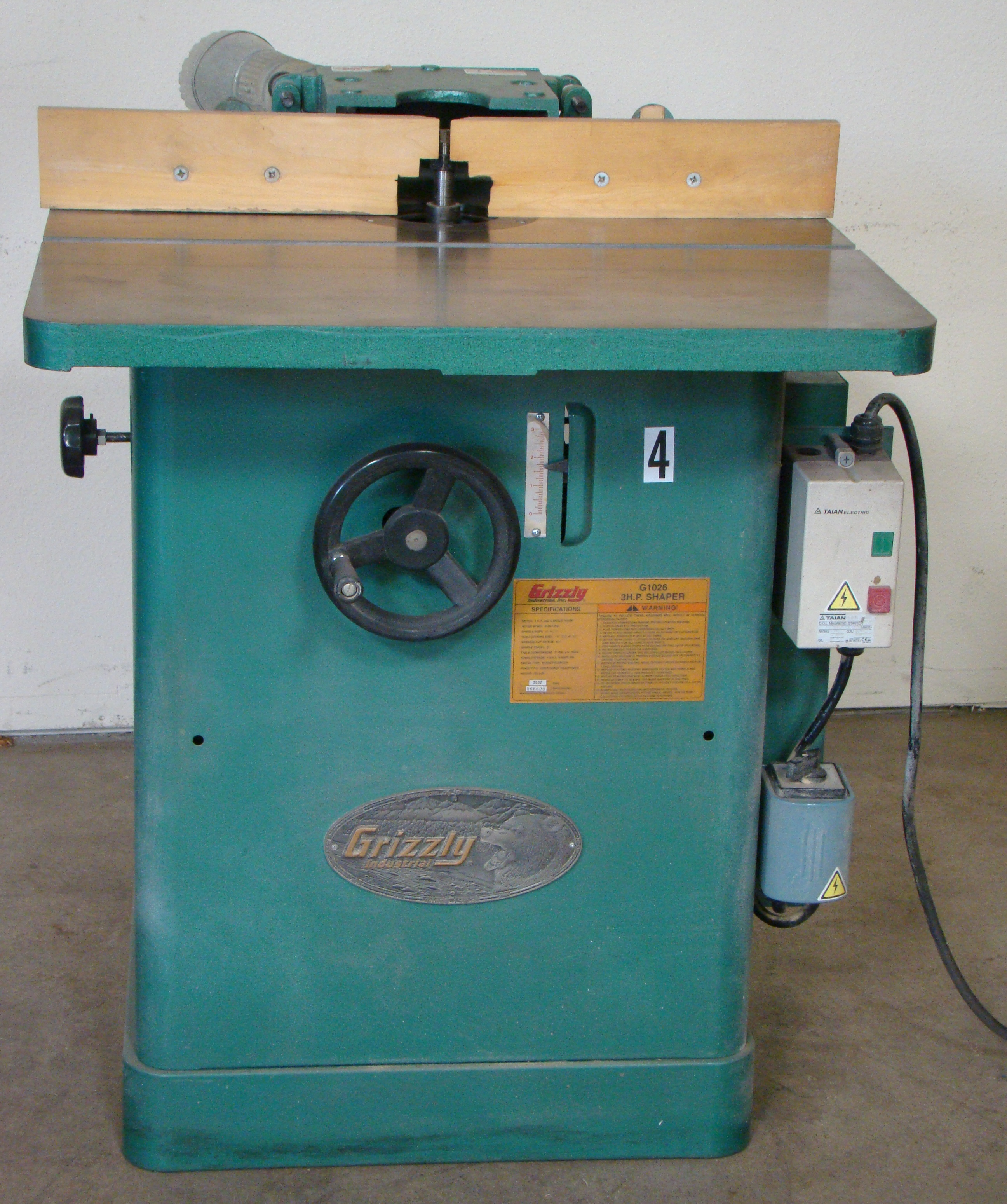 """Grizzly Wood Shaper 3/4"""" Spindle 3HP 230 Volt 1 PH"""