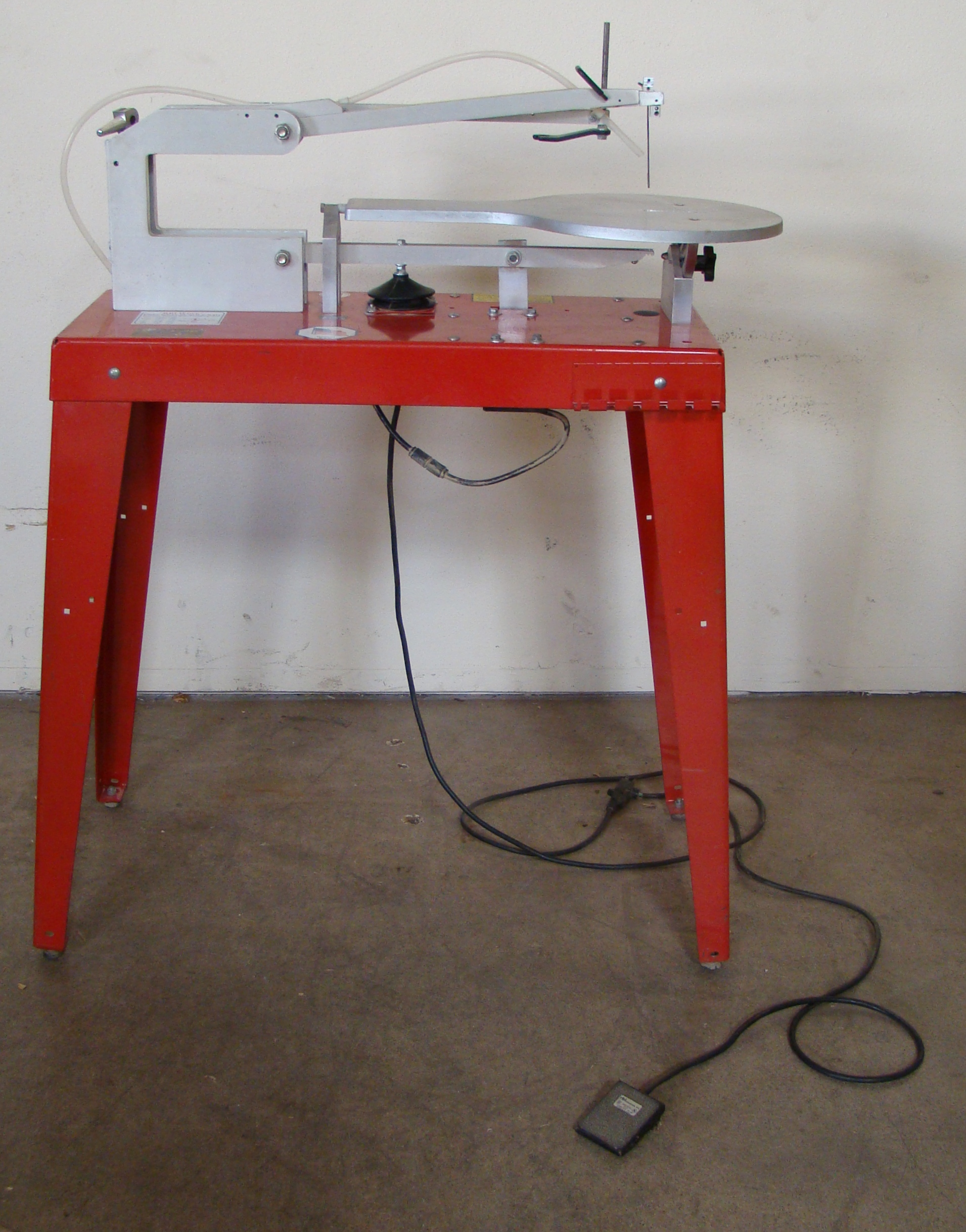 RBI Hawk Precision Scroll Saw Model 226VS 115 Volt