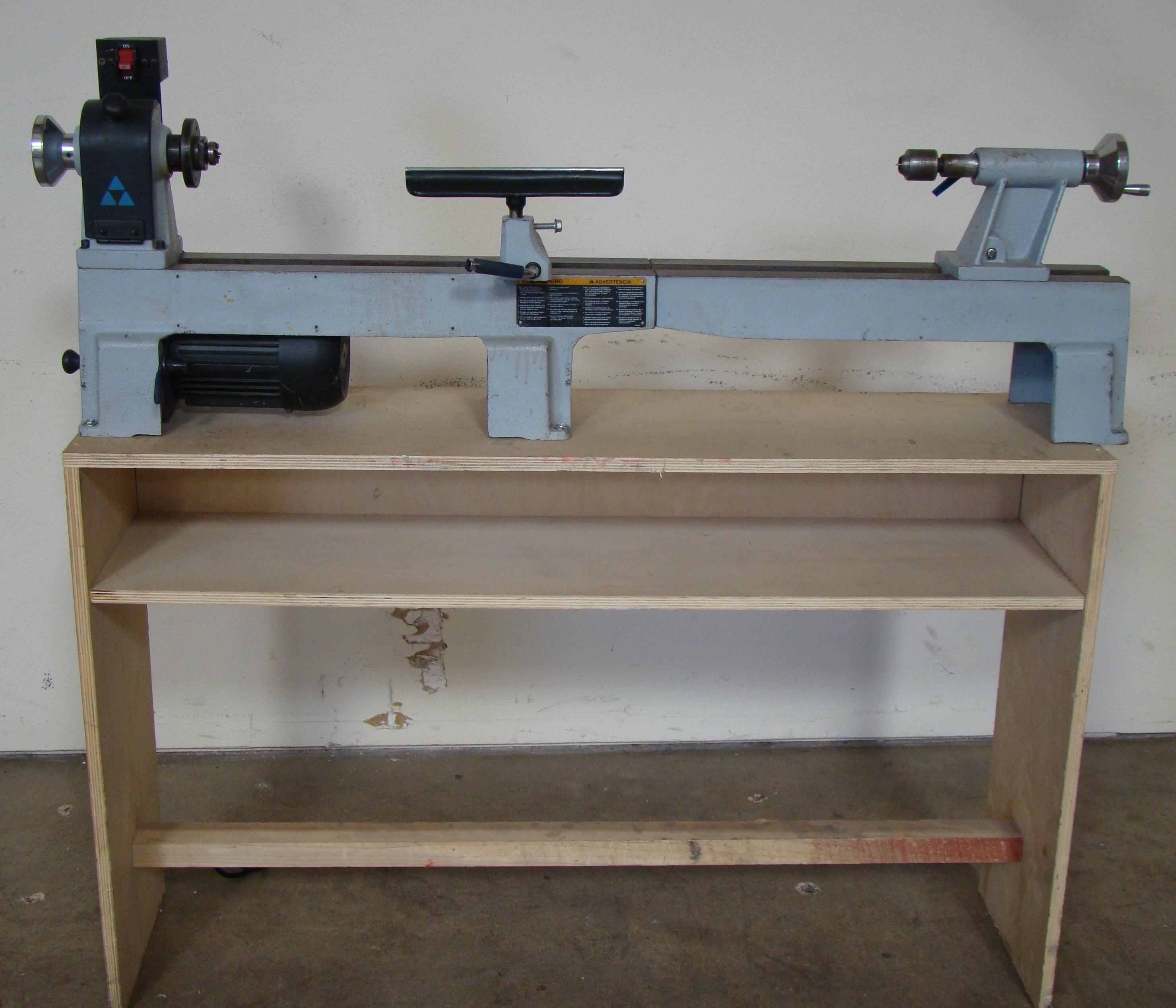 Delta Wood Lathe Model LA200 1/2 HP 120V 1PH