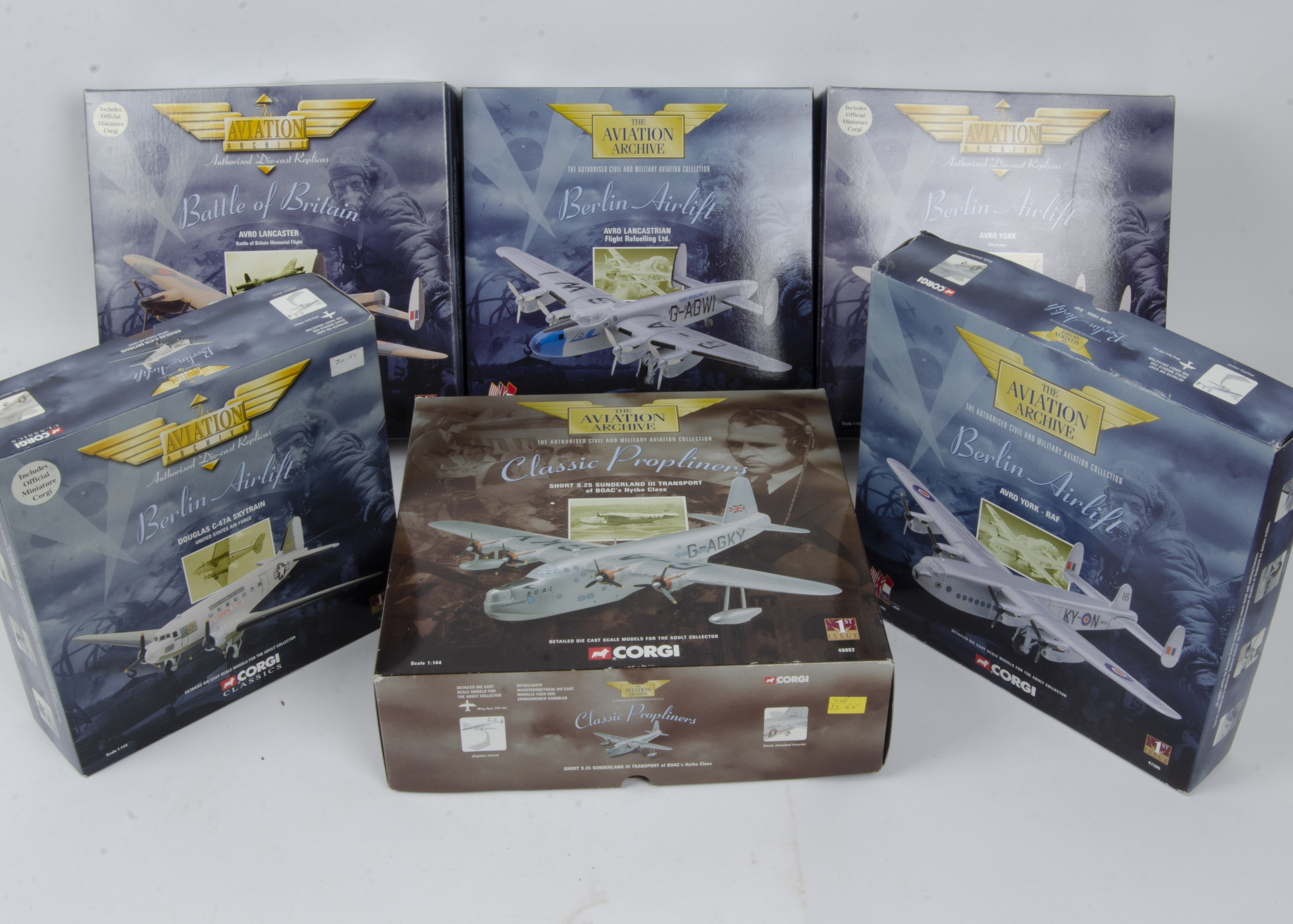 Corgi Aviation Archive , a boxed group of ten models some limited edition comprising 1:72 scale - Image 2 of 2