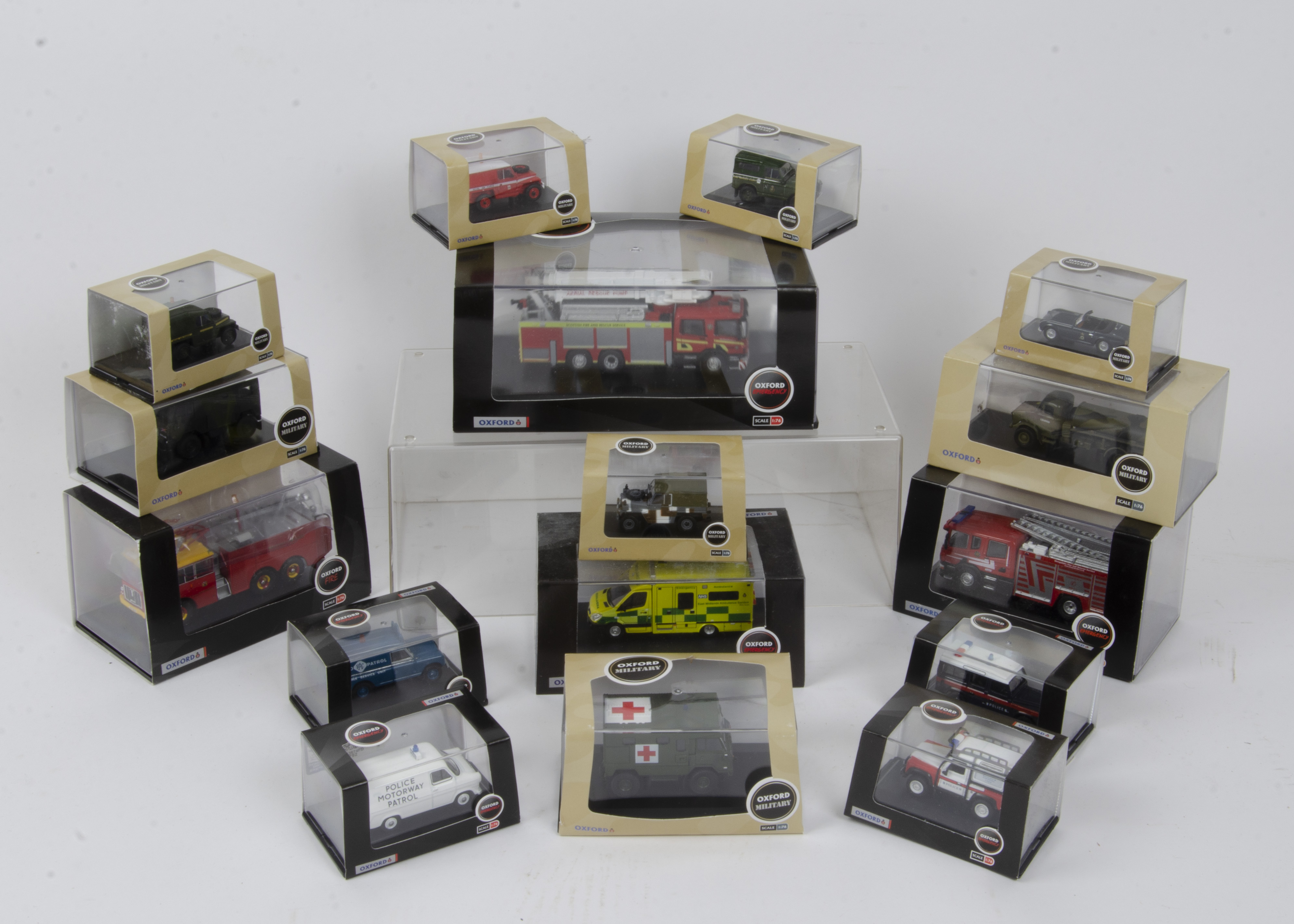 Oxford Military and Fire Emergency, a cased collection of 1:76 scale models all with card sleeves