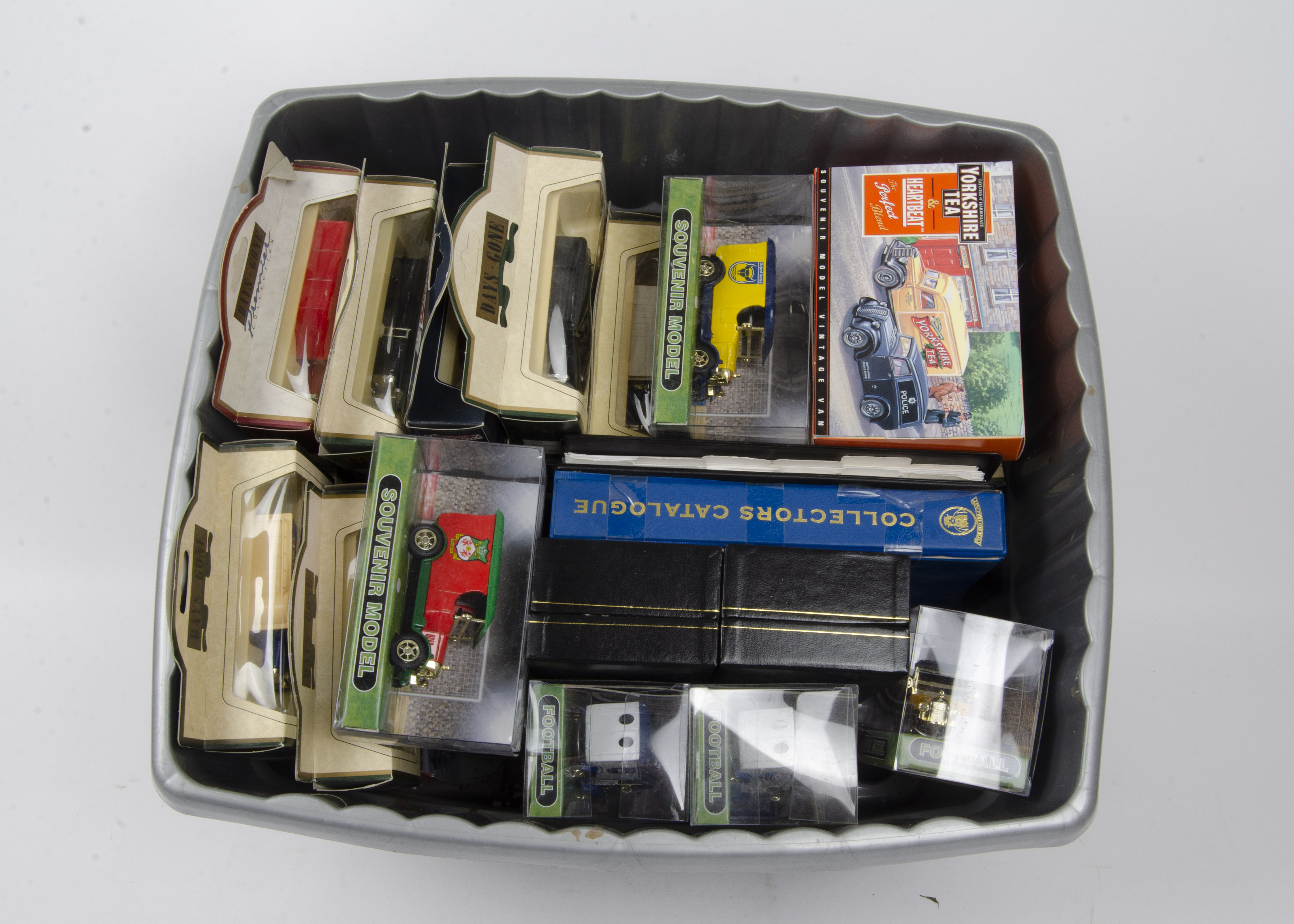Oxford Diecast and Days Gone, a boxed collection of vintage mostly commercial vehicles, including