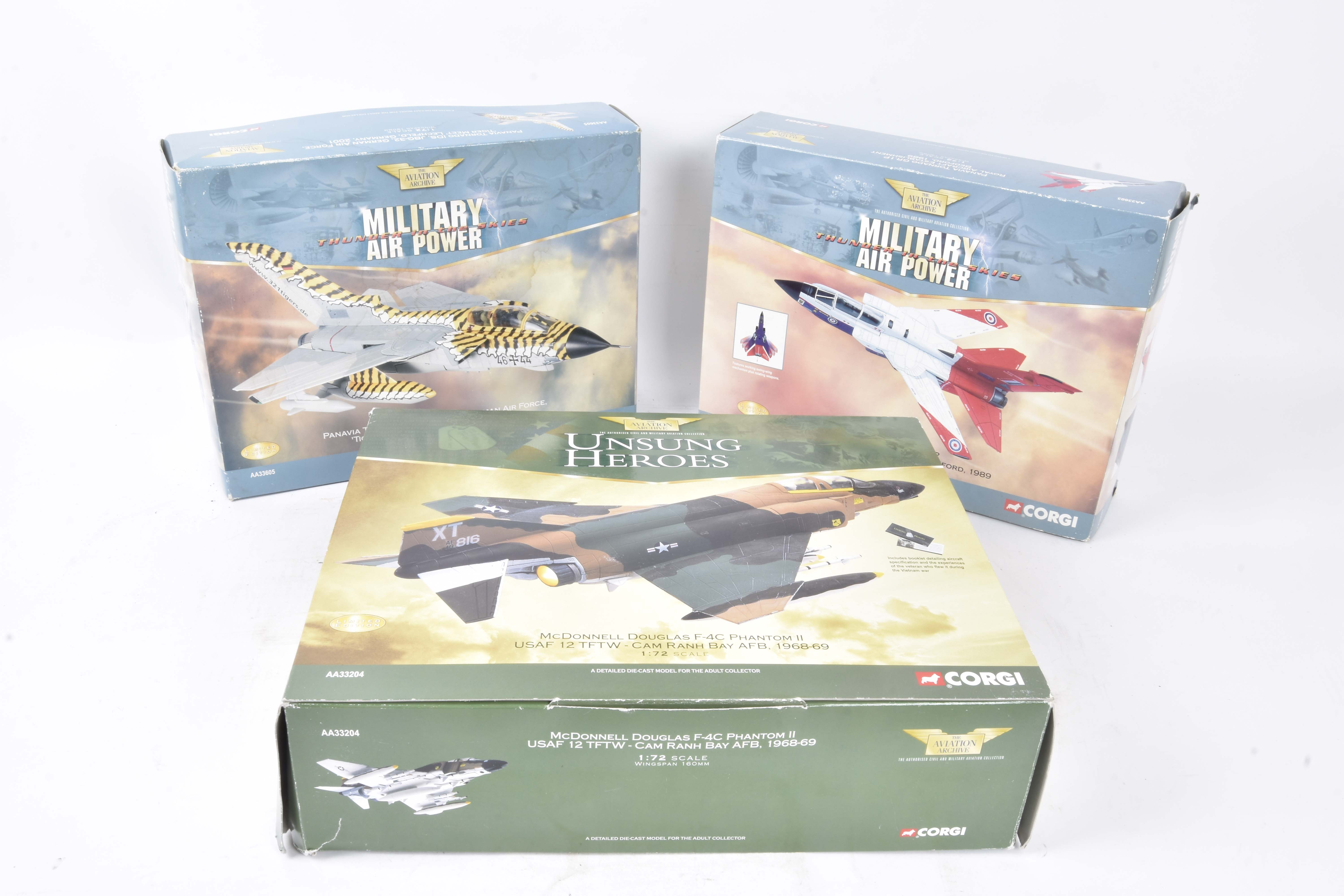 Corgi Aviation Archive, a boxed group of five limited edition 1:72 scale models comprising,