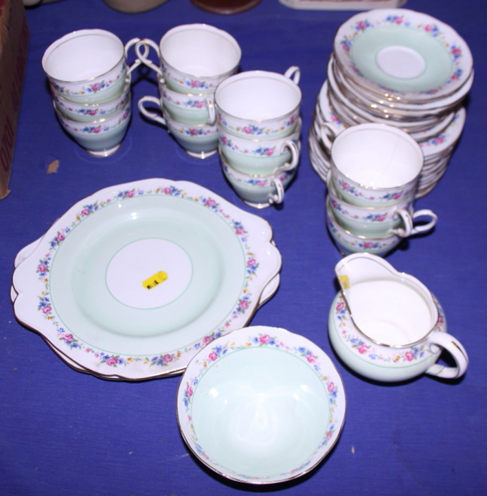 Lot 53 - A Paragon part tea service