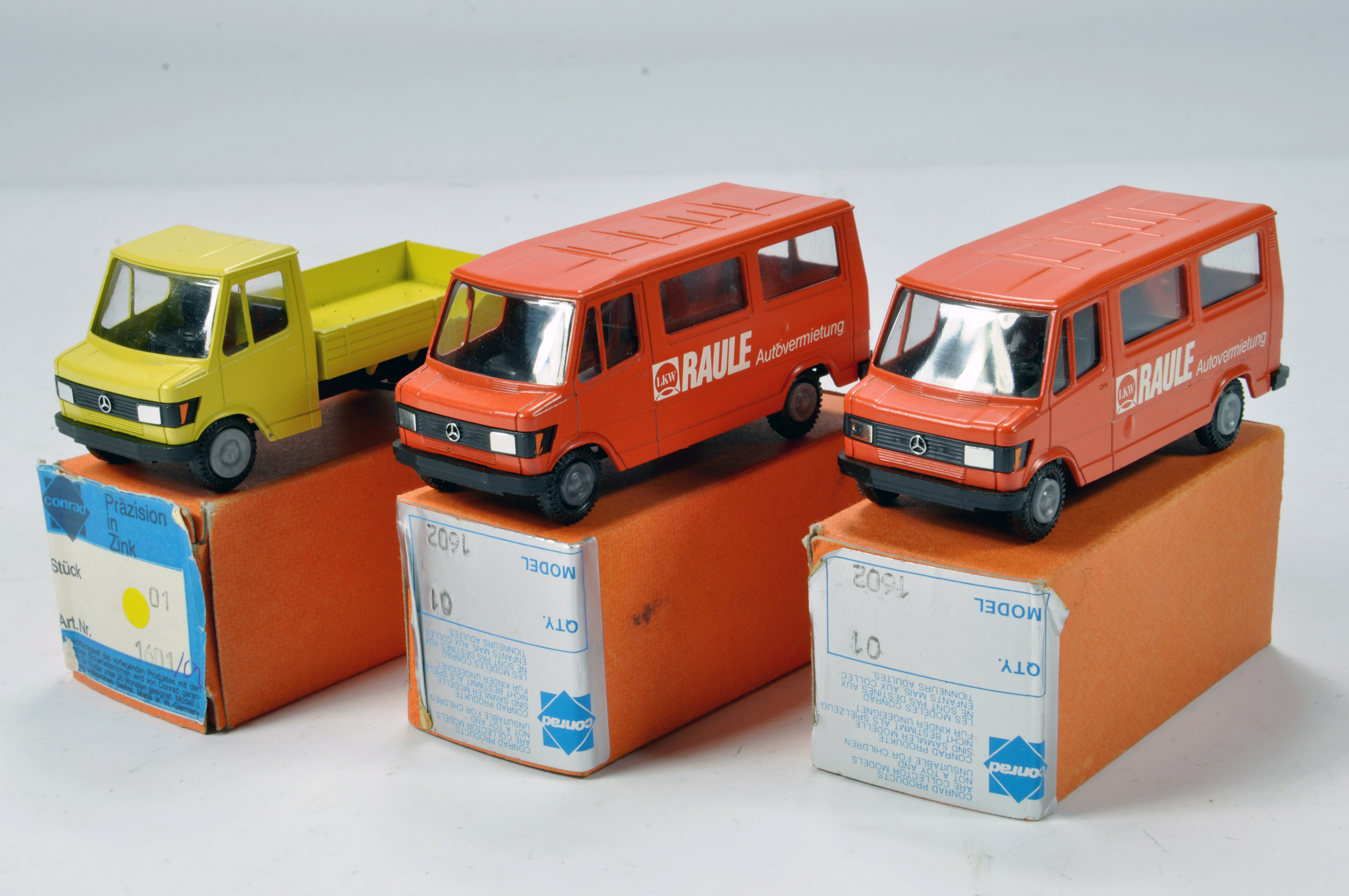 Lot 327 - Conrad 1/50 Construction Diecast No. 1601 / 1602 Mercedes Benz Vans. Scarce Promotional Issues. E to