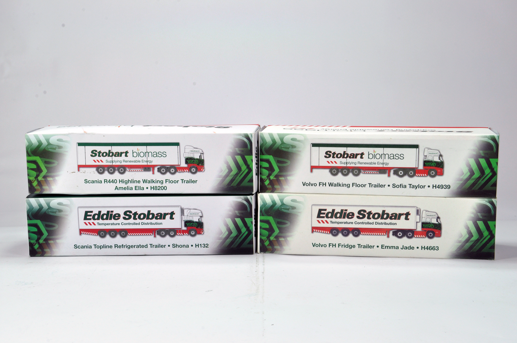 Lot 181 - Oxford Diecast 1/76 Commercial Diecast Construction Issue comprising Limited Edition Stobart