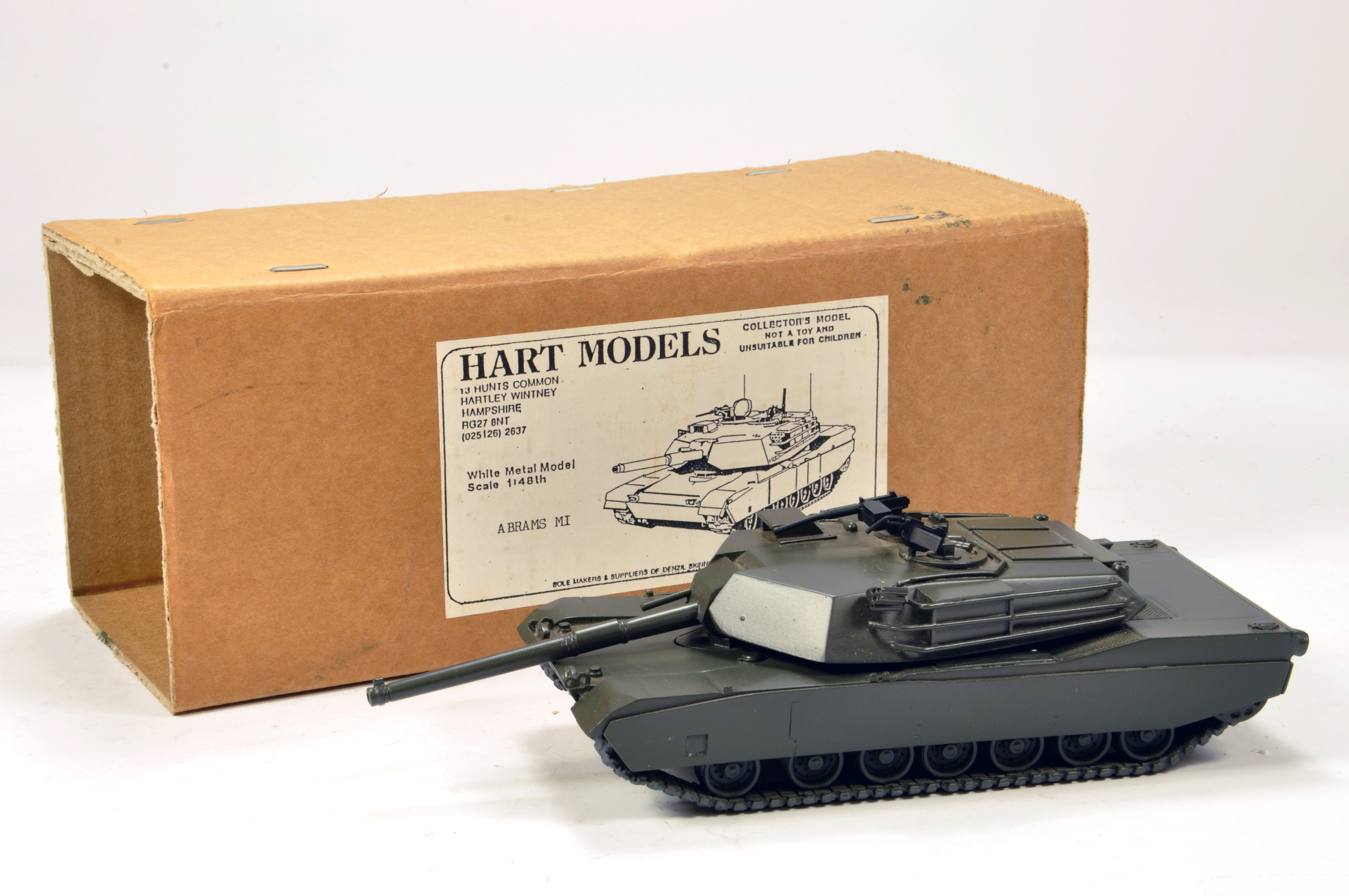 Lot 1098 - Hart Models 1/48 White Metal Factory Built M1 Abrams US Tank. Beautiful hand built model is E.