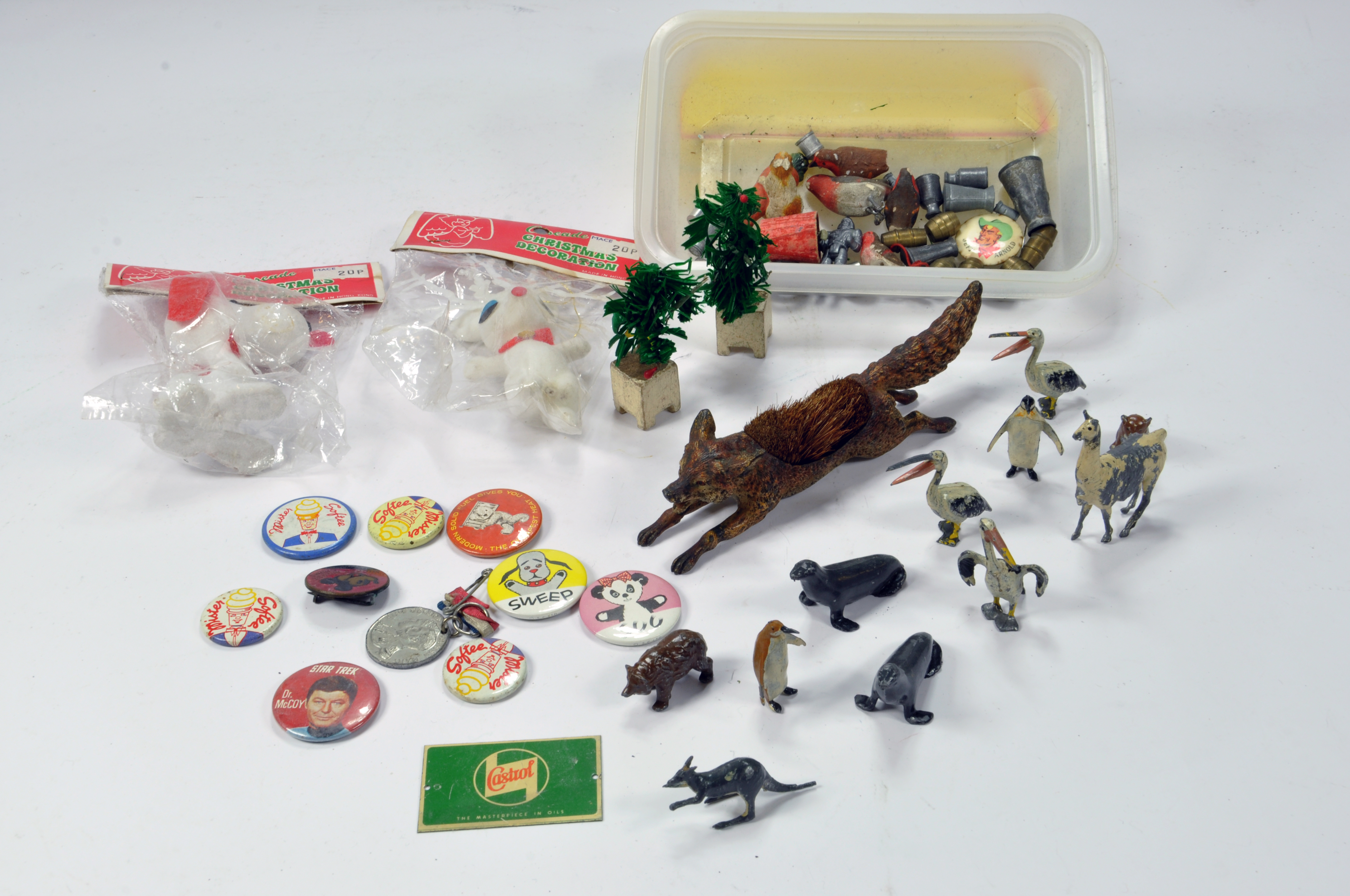 Lot 654 - Interesting Lead Metal Figure group comprising various animal issues and other novelty items.