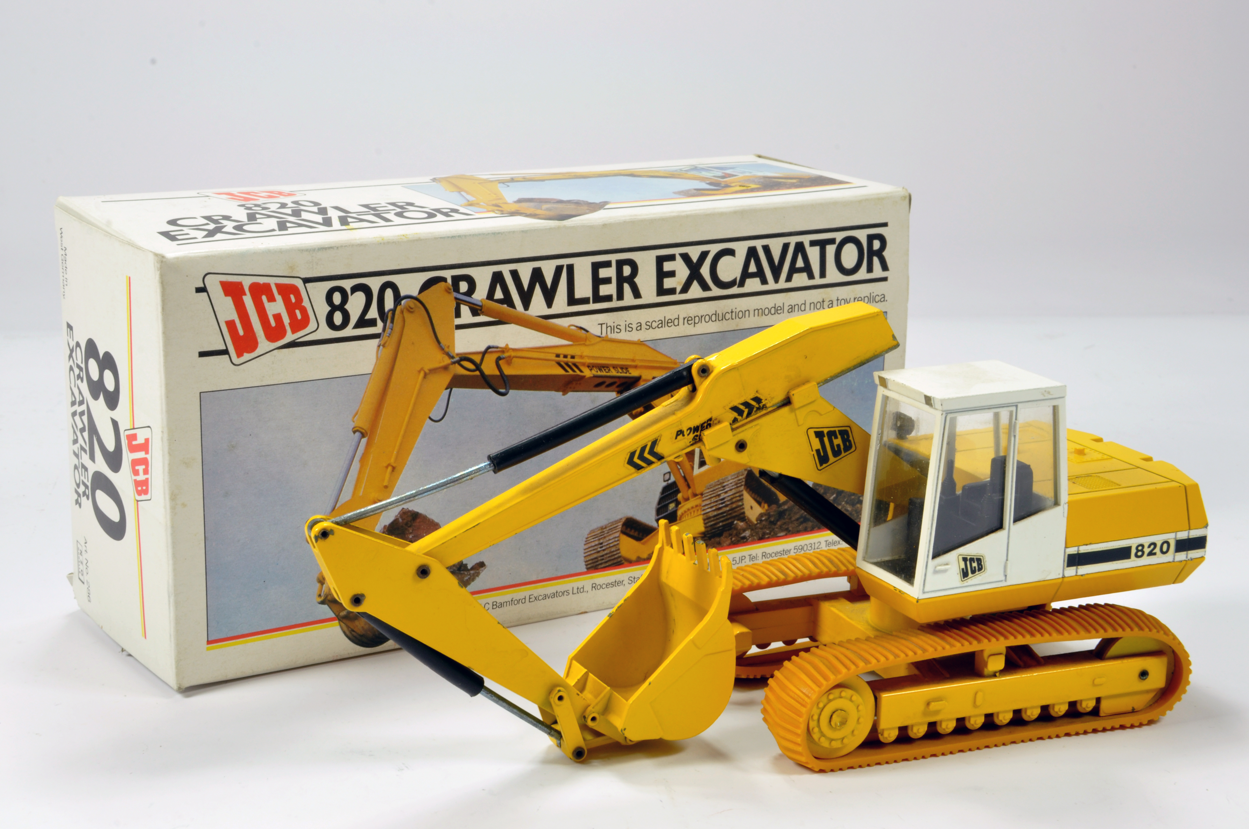 Lot 269 - NZG 1/35 Construction Diecast Issue comprising No. 286 JCB 820 Crawler Excavator in light yellow.