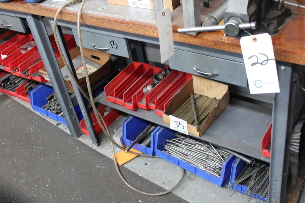 Lot 13 - L shape work bench