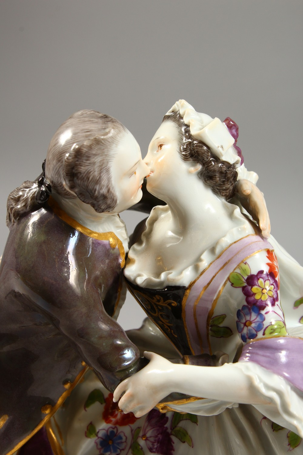 A GOOD LARGE MEISSEN FIGURE GROUP OF A GALLANT AND LADY, in a romantic embrace, the lady with a - Image 2 of 7