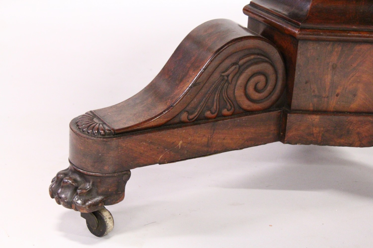 A 19TH CENTURY ROSEWOOD AND GREY MARBLE CIRCULAR CENTRE TABLE, with veined grey marble top, plain - Image 3 of 4