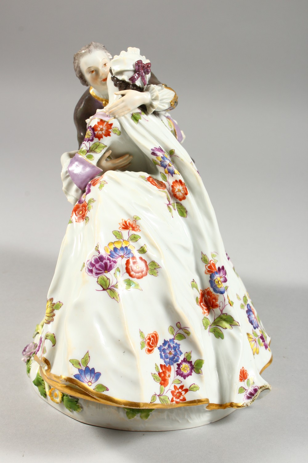 A GOOD LARGE MEISSEN FIGURE GROUP OF A GALLANT AND LADY, in a romantic embrace, the lady with a - Image 3 of 7