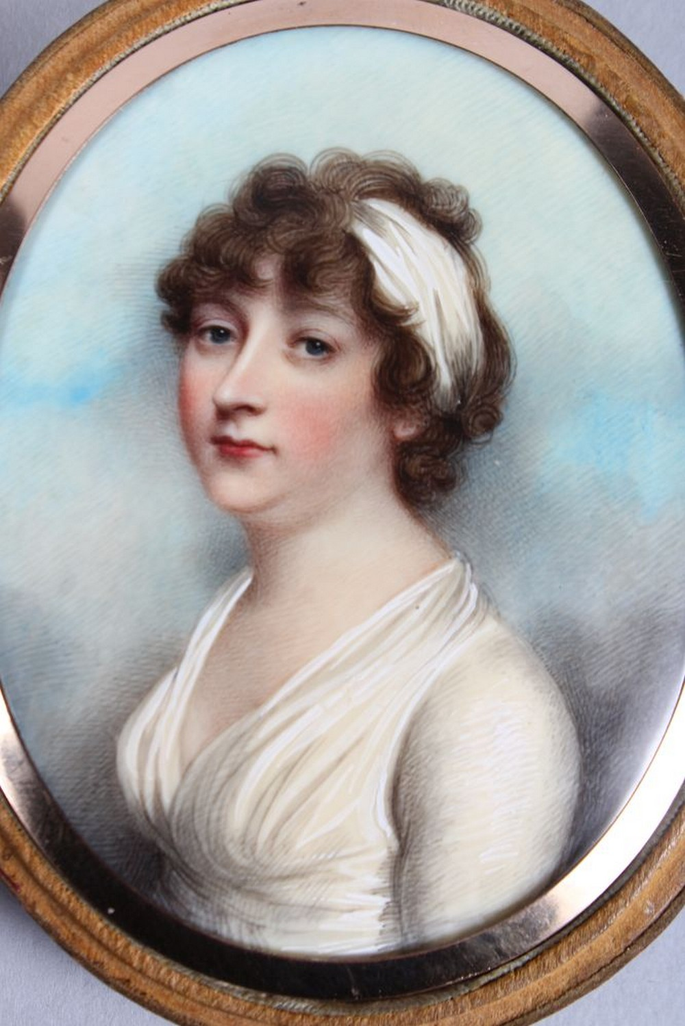 ANDREW PLIMER (1763 - 1837) A FINE OVAL PORTRAIT OF LADY GRAHAM, wearing a white headband and - Image 2 of 4