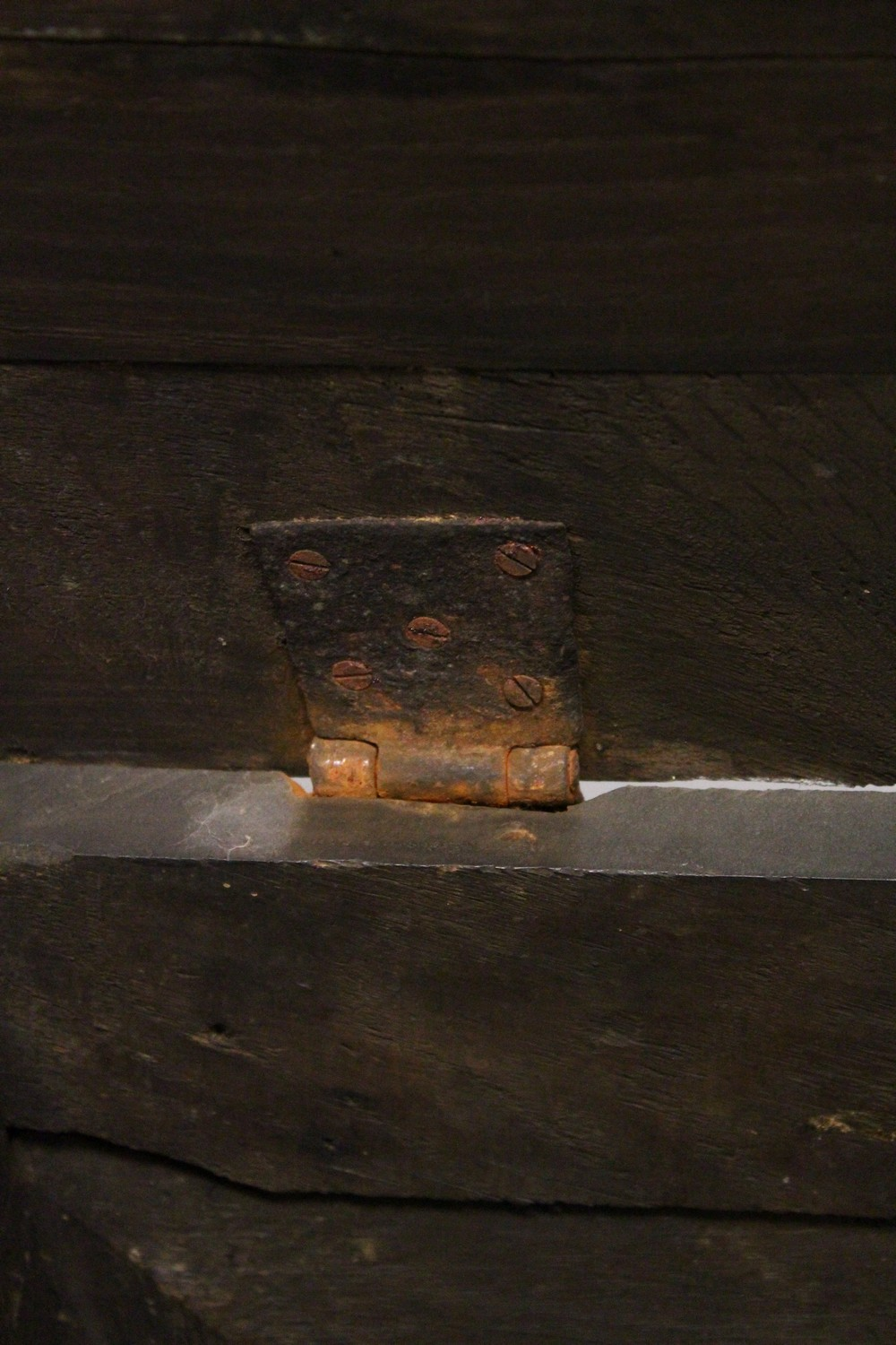 Lot 1028 - AN 18TH CENTURY OAK COFFER BACH, with rising top, panelled front and two drawers, on stile feet. 4ft