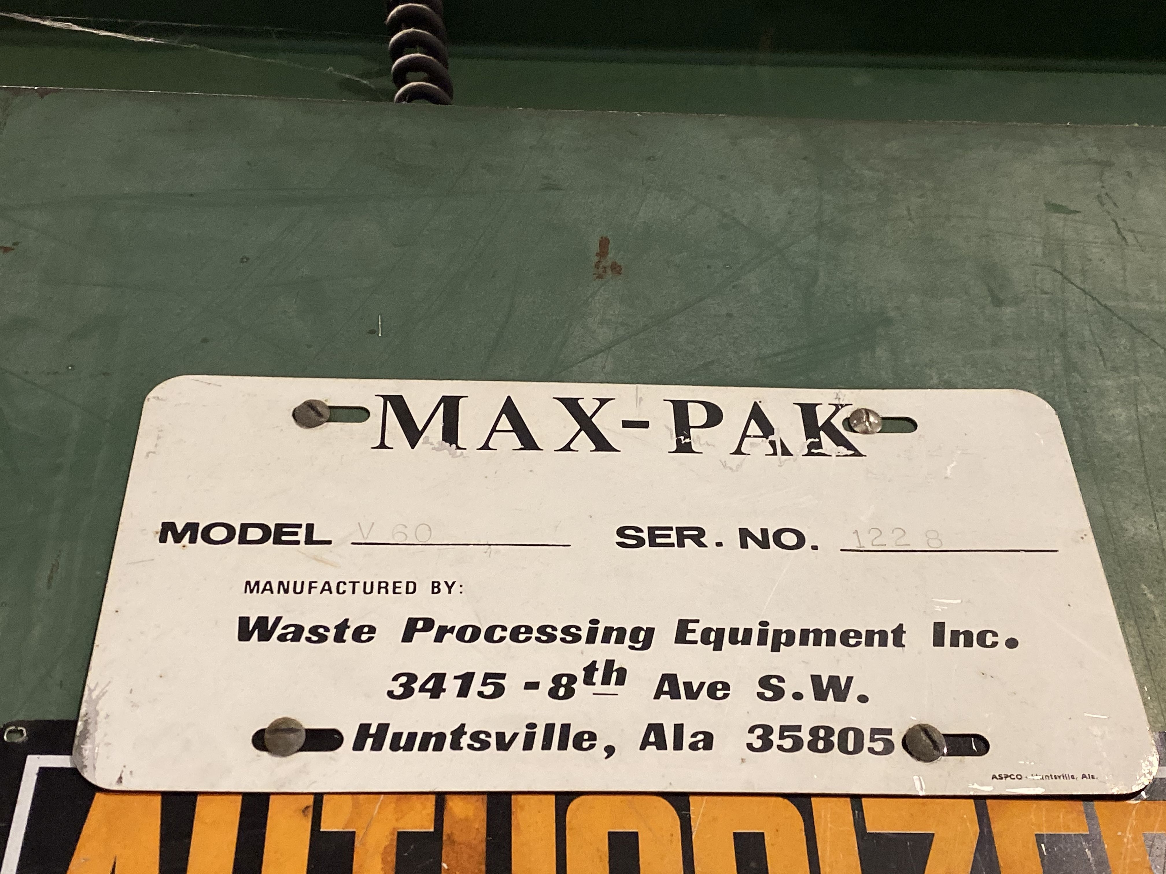 MAX-PAK MODEL V60 HYDRAULIC BALER; S/N 1228 - Image 4 of 4
