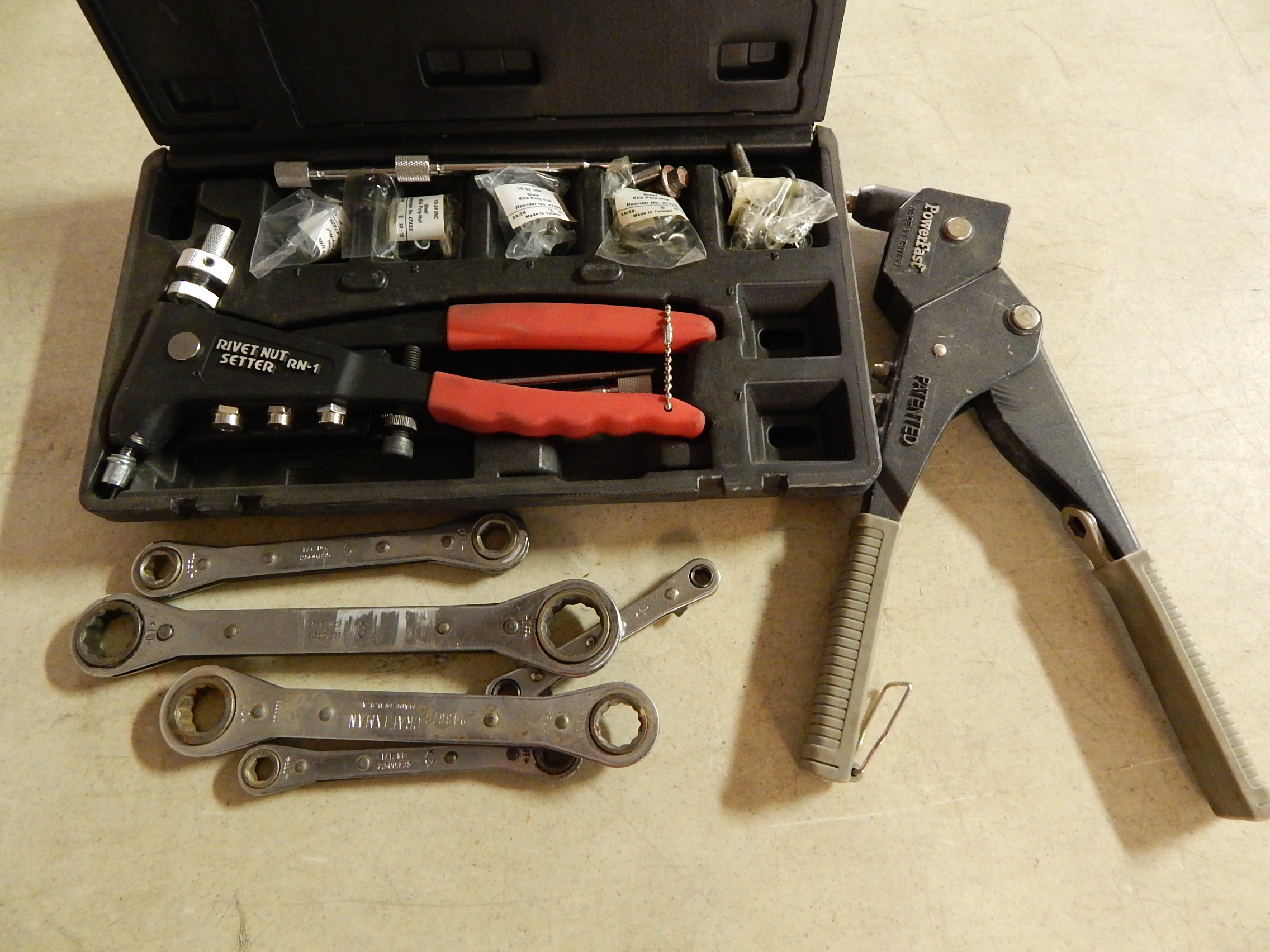 Lot 23 - Pop Rivet Tools and Ratchet Wrenches