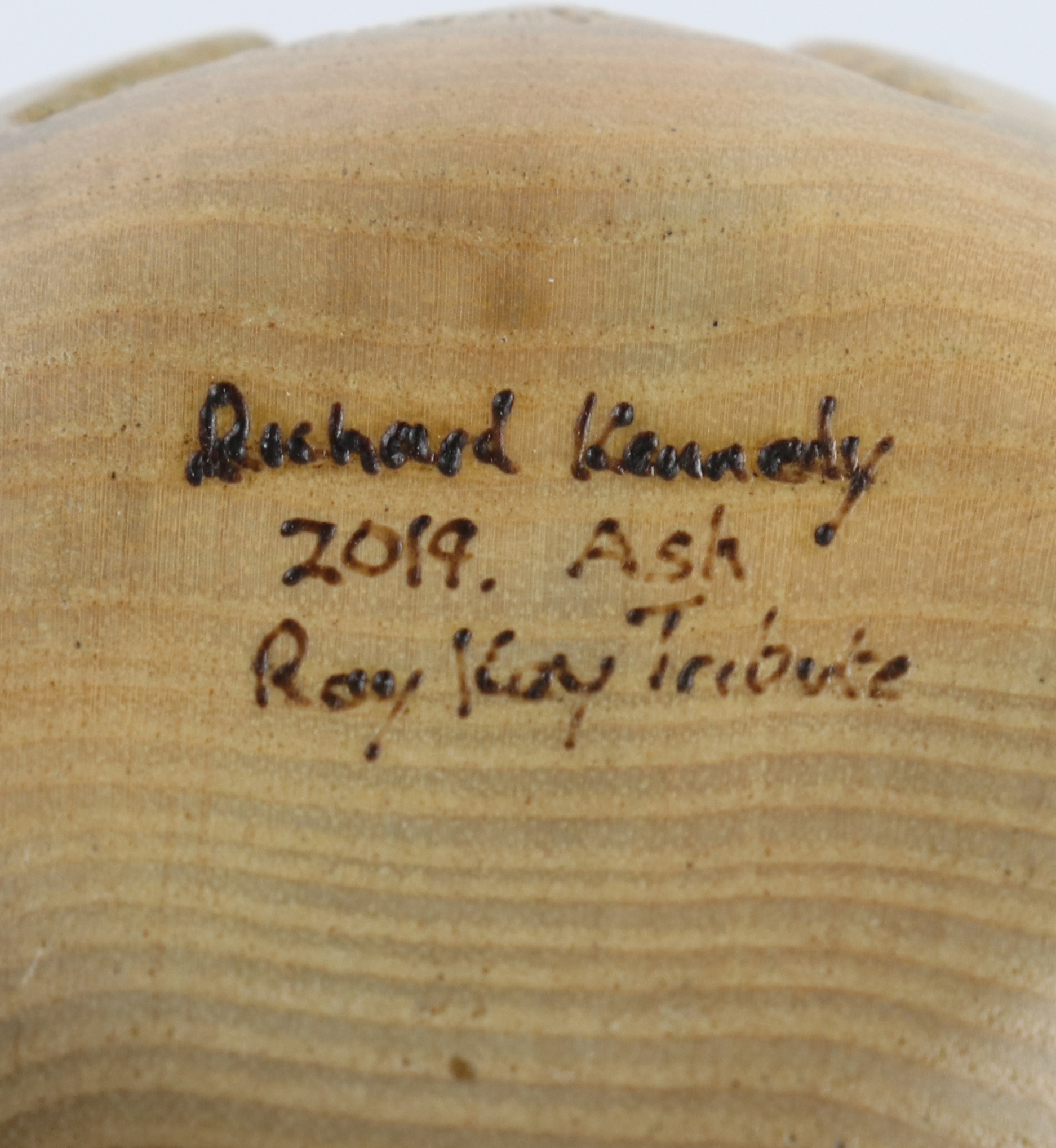 Lot 96 - Richard Kennedy (UK) carved and pierced rippled ash hollow form 14x11cm. Signed