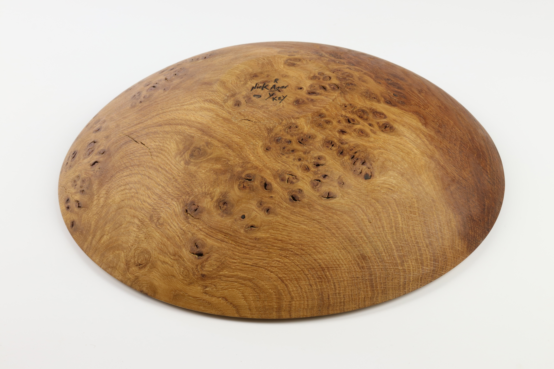 Lot 87 - Nick Agar (UK) burr elm bowl 7x33cm. Signed