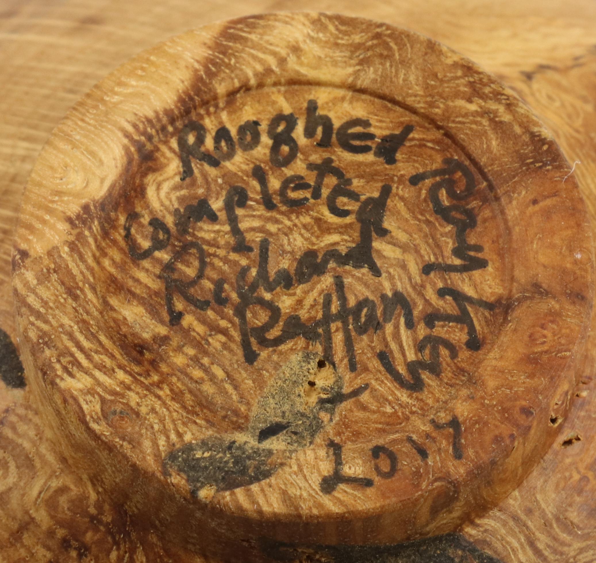 Lot 97 - Richard Raffan (Australia) burr oal bowl 4x11cm. Signed