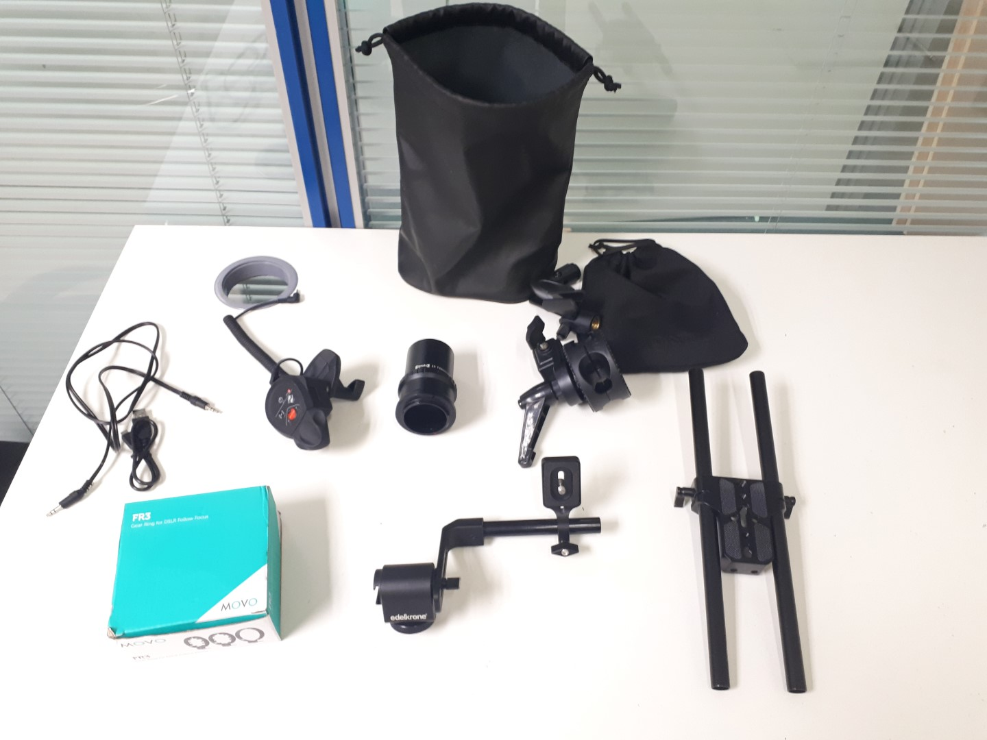 Lot 037 - Various Camera Attachments & Accessories