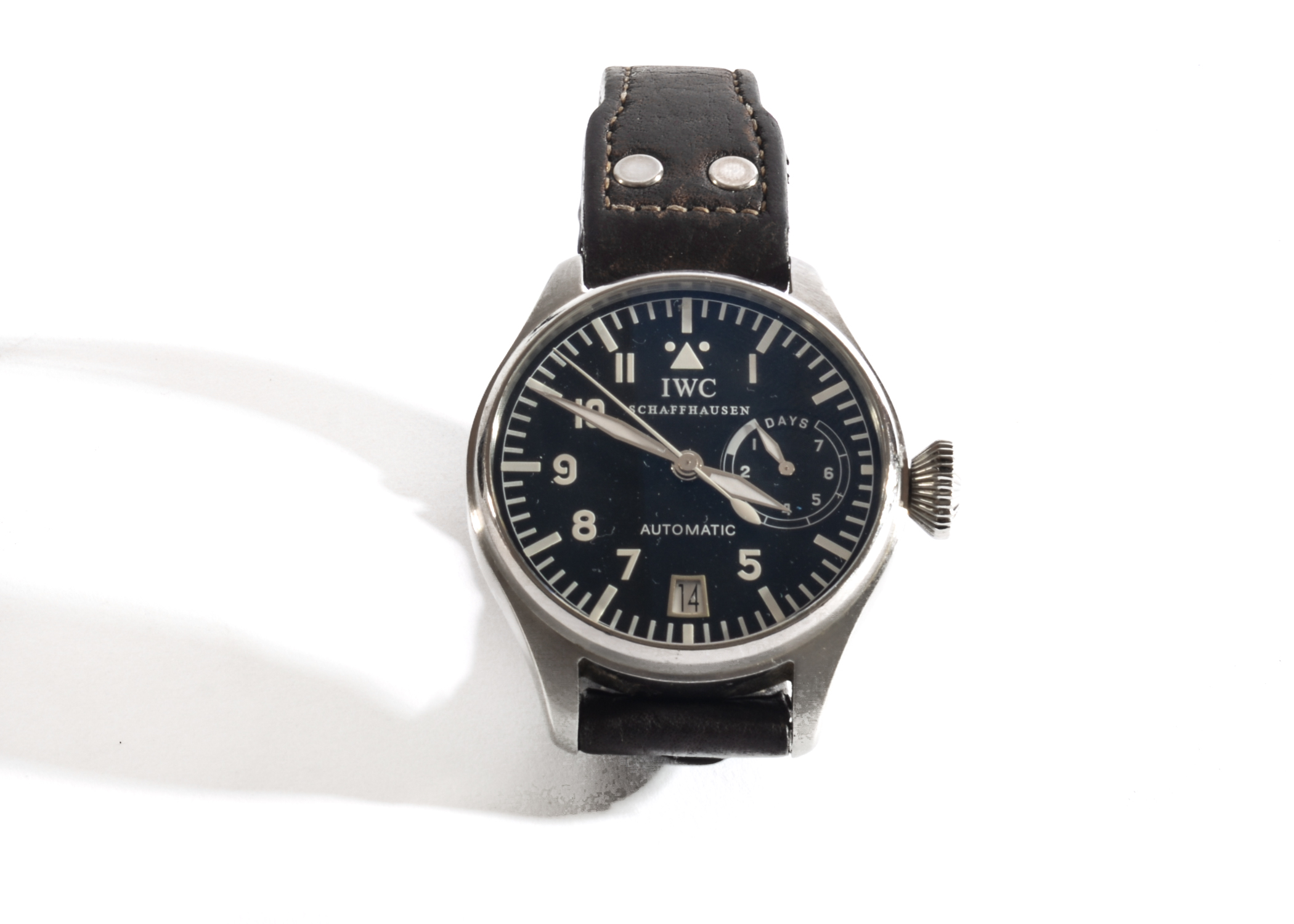 Lot 3 - An IWC SCHAFFHAUSEN Model 5002 Big Pilots Wrist Watch, Stainless Steel 46.2mm Case & Automatic
