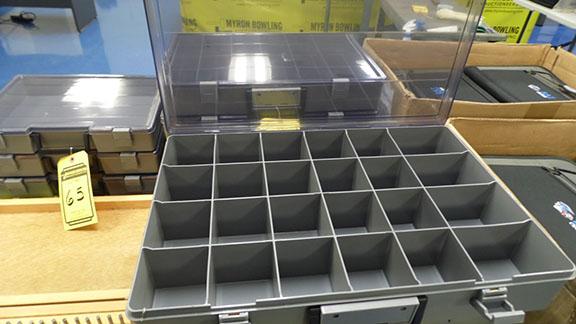 Lot 63 - 18 1/2'' X 12 1/2'' PLASTIC PARTS ORGANIZERS (X4)