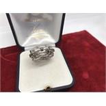 FINE WHITE & CHOCOLATE DIAMOND RING SET IN WHITE METAL