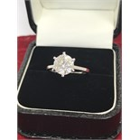 STUNNING 2.55ct DIAMOND SOLITAIRE RING SET IN WHITE METAL