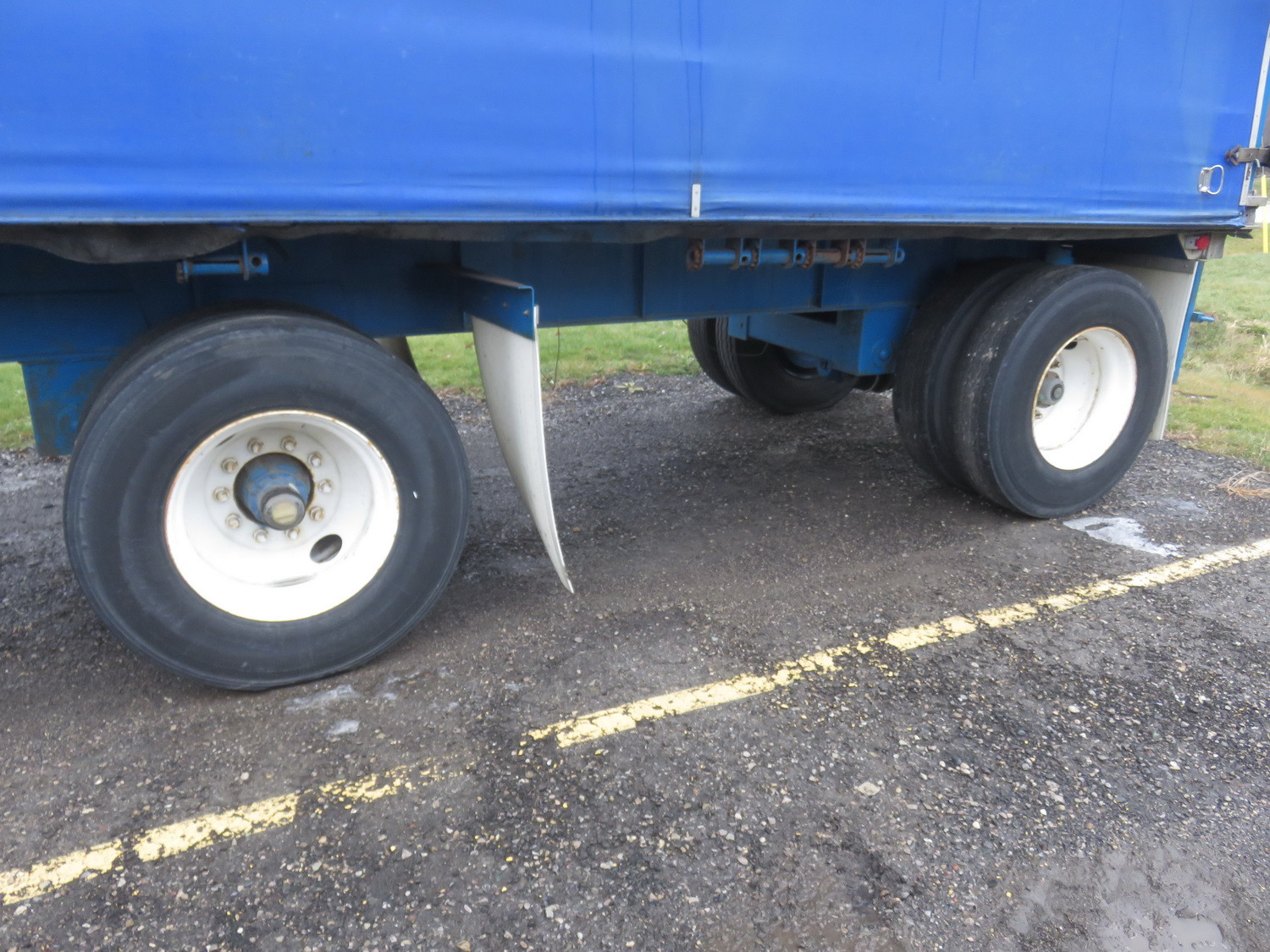 LODE KING 48' TANDEM AXLE BLUE CURTAIN SIDE TRAILER - S/N 2LDPA4829XC032084 - Image 5 of 6