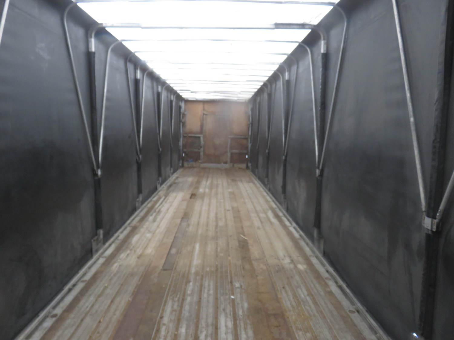 "TRANSCRAFT EAGLE W2, 48' X 96"" TANDEM AXLE CURTAIN SIDE TRAILER - S/N 1TTF48206R1042095 - Image 5 of 7"