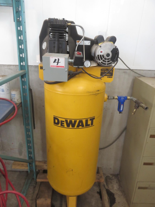 DEWALT DXCMLA3706056 3.7HP 60 GAL UPRIGHT 230V COMPRESSOR