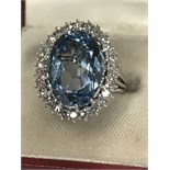 APPROX 20ct AQUAMARINE & DIAMOND 1.00ct RING MARKED 750