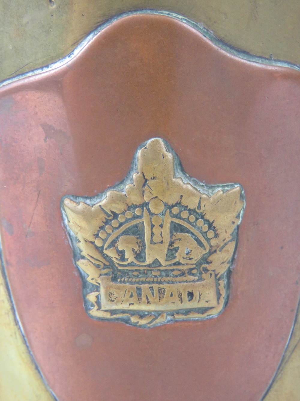 A trench Art shell case lidded pot having Royal Army Services Corps and Canadian Military badges - Image 4 of 5