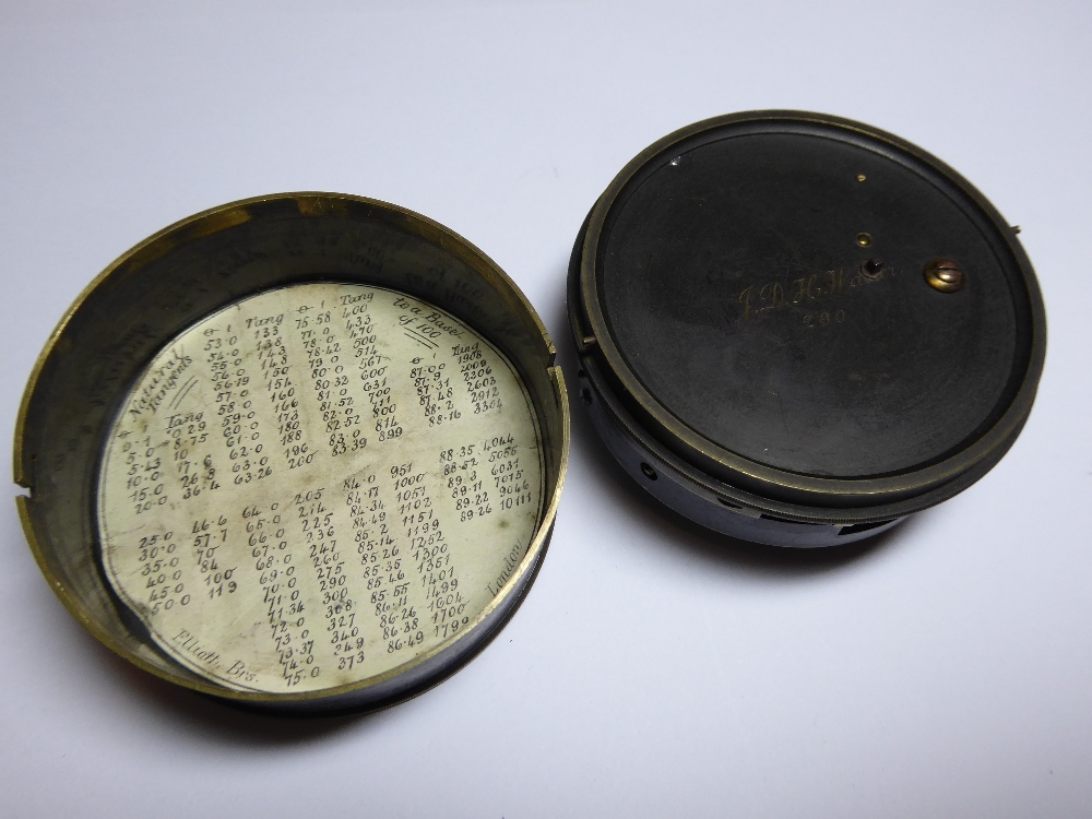 """A 19th Century pocket Sextant by Elliott Brothers, London. Inscribed to outer case """"J.D. - Image 3 of 6"""