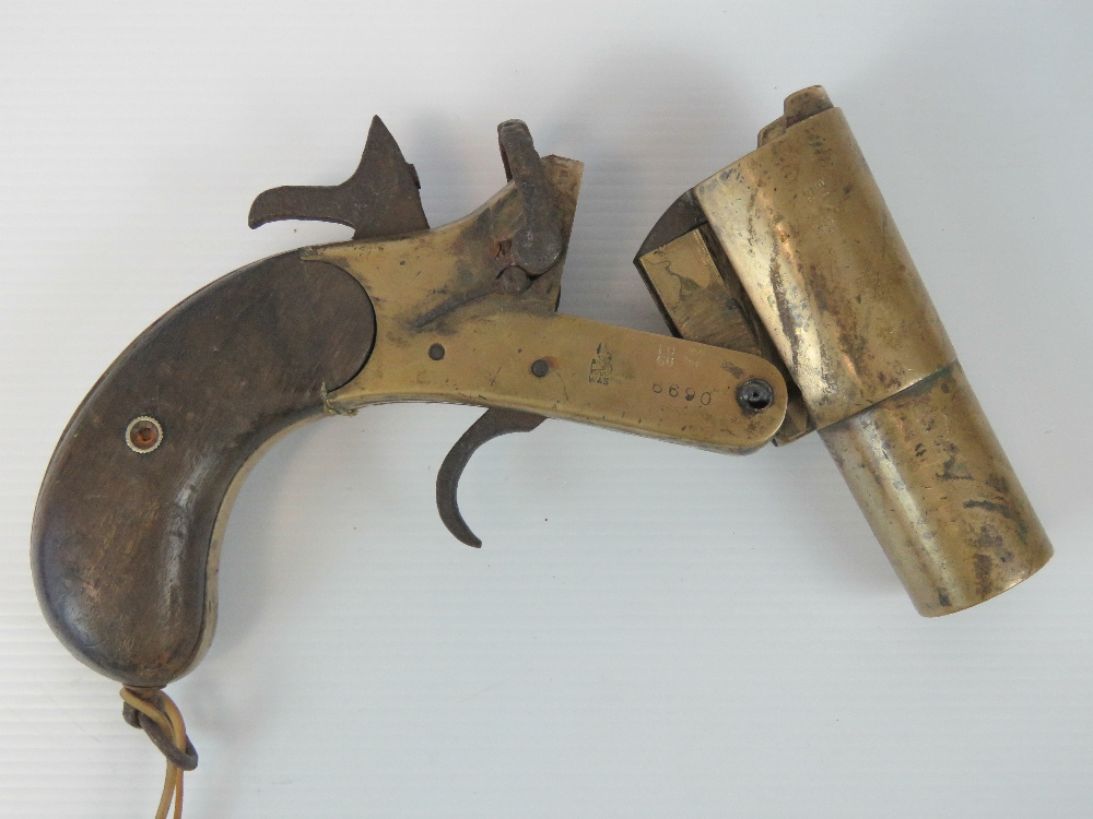 Lot 2 - A deactivated (EU Spec) Webley & Scott Ltd London and Birmingham MKIII flare gun having broad arrow