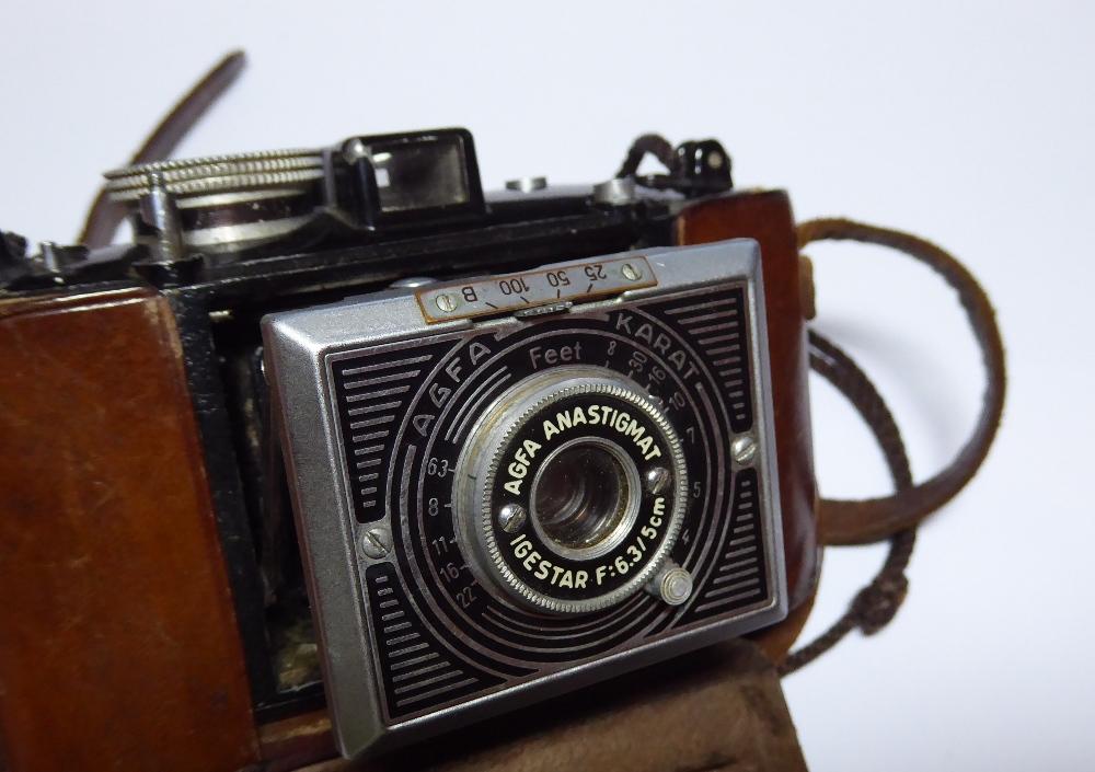 "An Agfa Karat camera in original leather case inscribed ""LIEUT H.F. NORTH, R.I.A.S.C, DELHI 1941"". - Image 2 of 4"