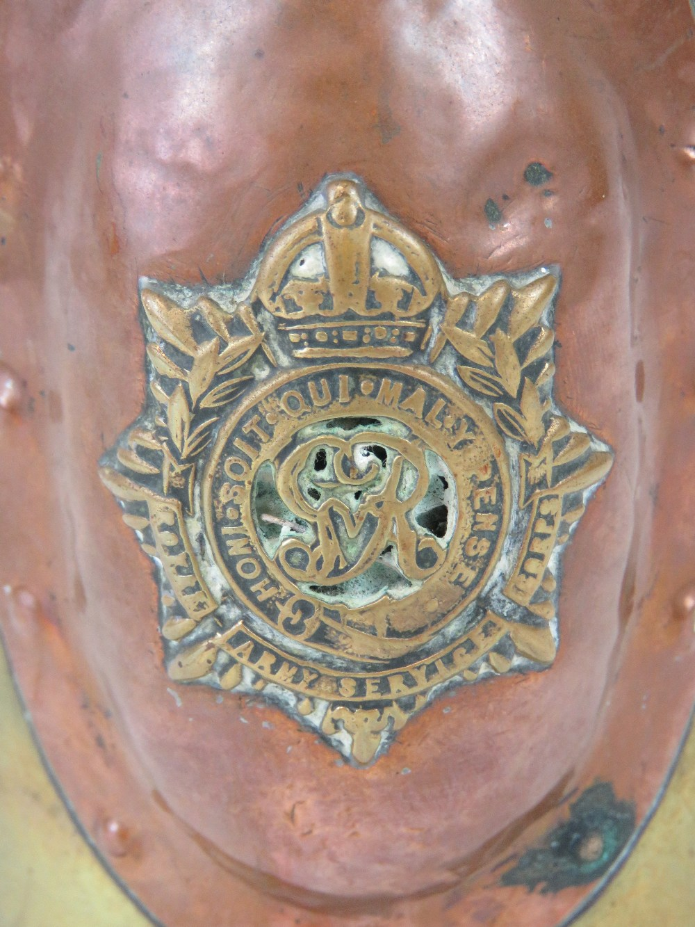 A trench Art shell case lidded pot having Royal Army Services Corps and Canadian Military badges - Image 2 of 5