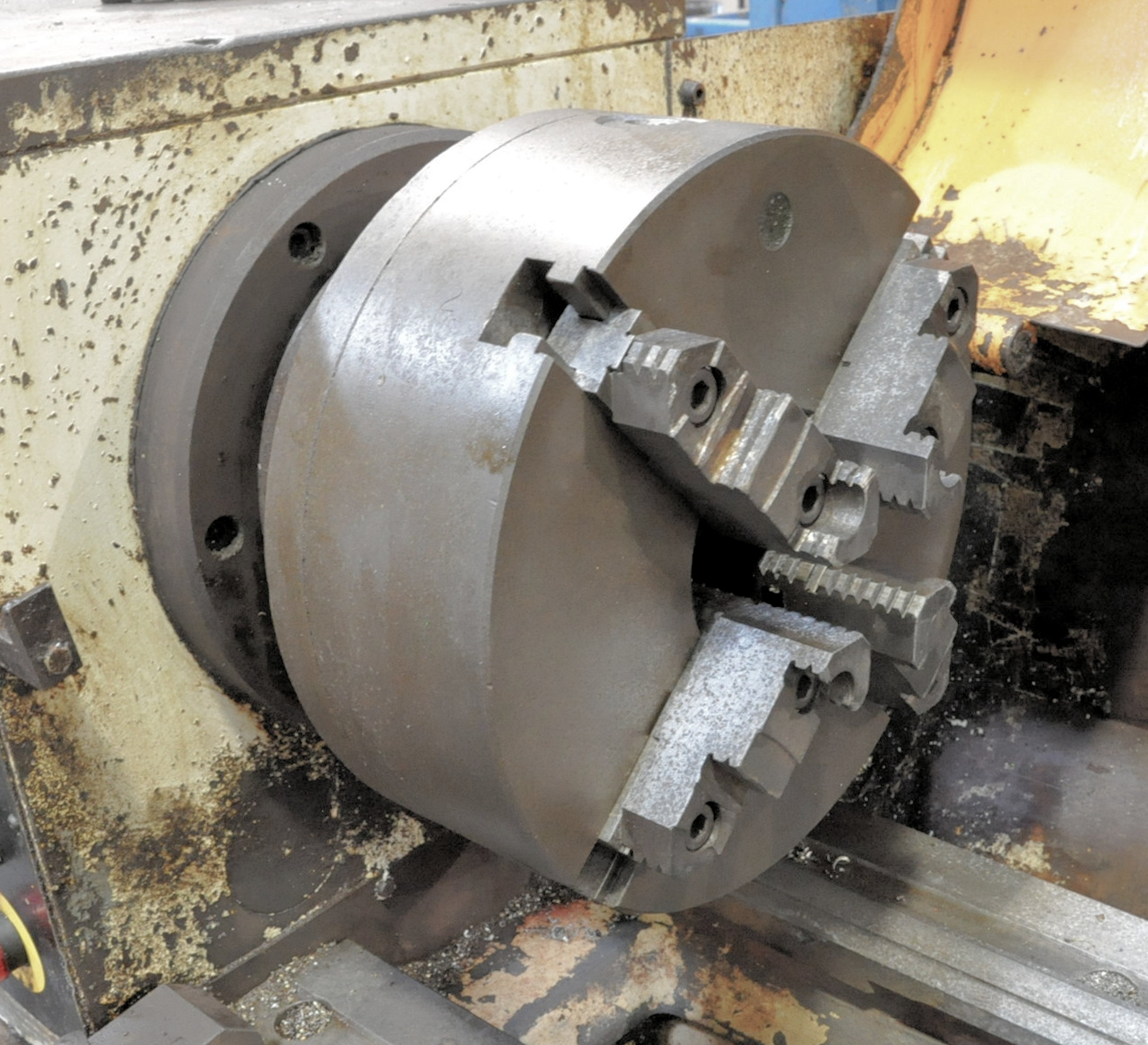 """Summit Model 20X120 B, 20"""" x 120"""" Geared Head Engine Lathe,12"""" 4-Jaw Chuck, 4"""" Hole Through Spindle - Image 4 of 8"""