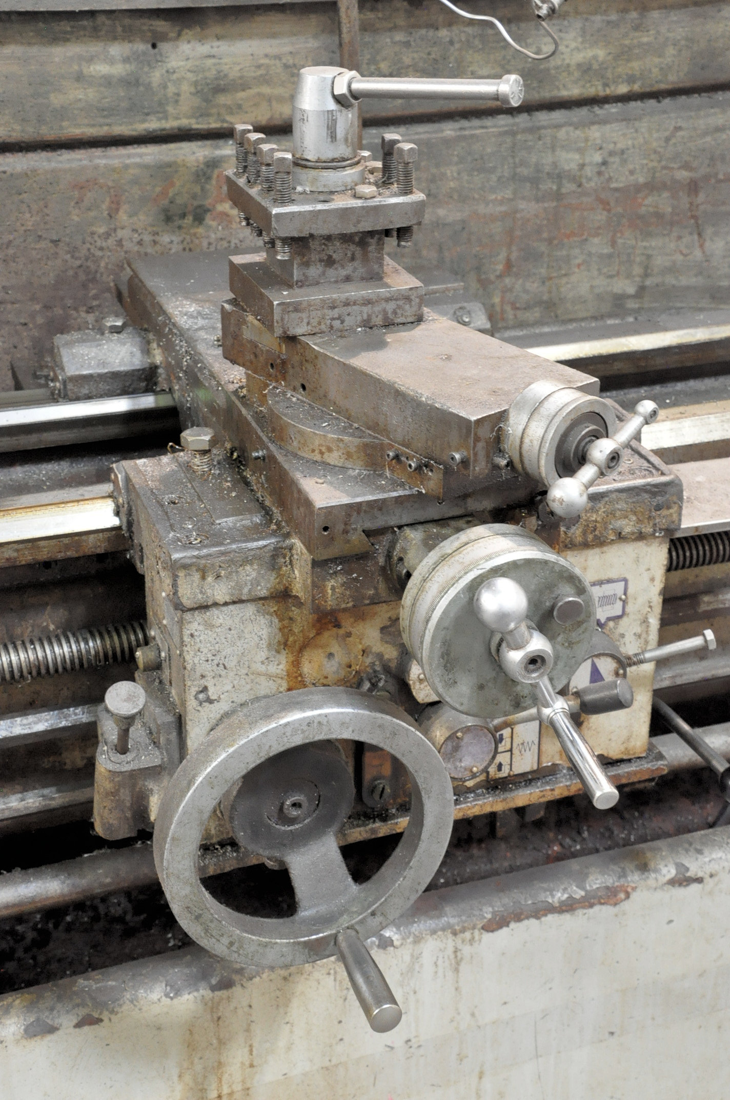 """LS Model 1660G, 16"""" x 60"""" Geared Head Engine Lathe, (1994), 8"""" 3-Jaw Chuck, Tool Post, Tail Stock - Image 5 of 6"""