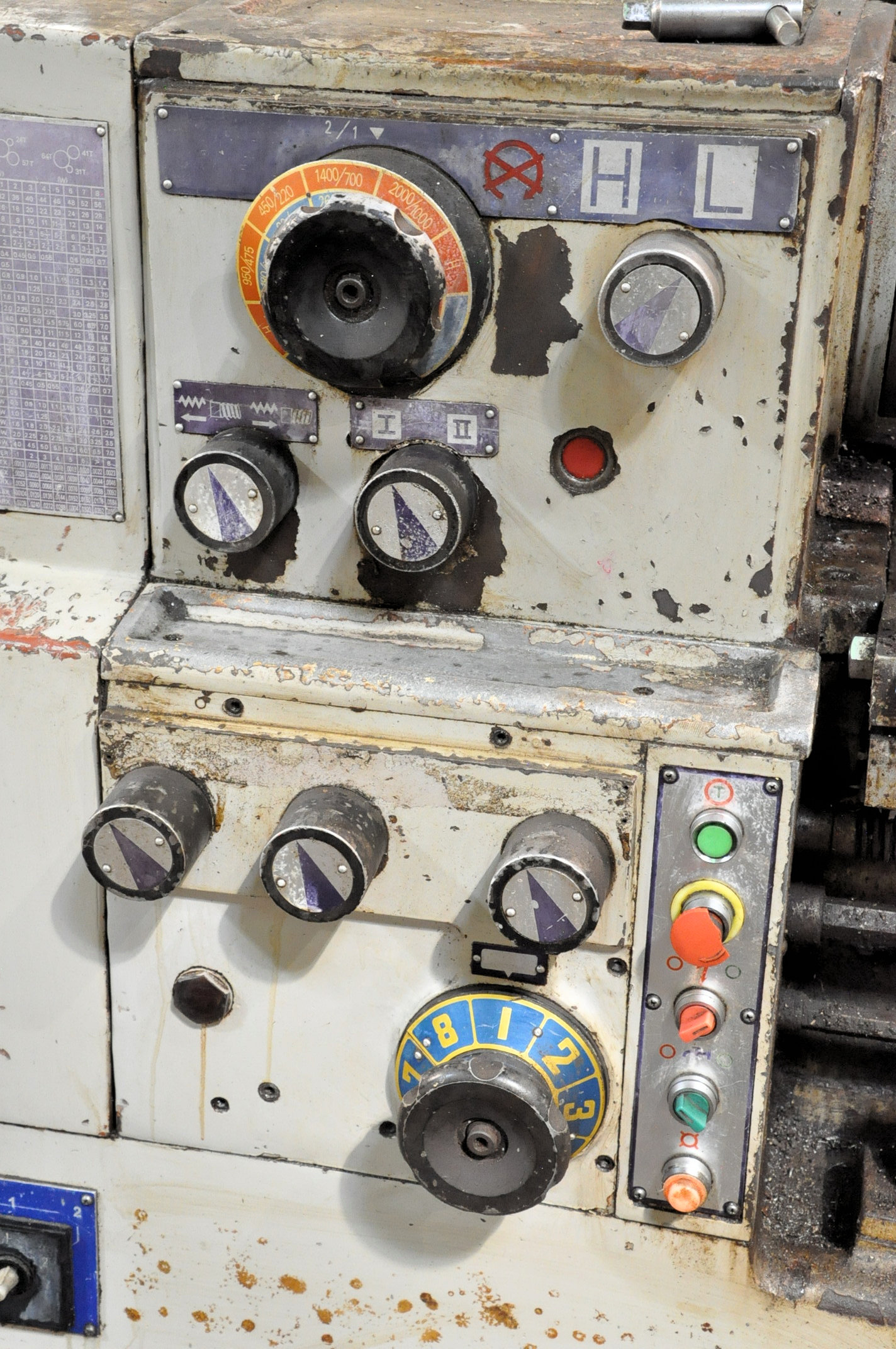 """LS Model 1660G, 16"""" x 60"""" Geared Head Engine Lathe, (1994), 8"""" 3-Jaw Chuck, Tool Post, Tail Stock - Image 6 of 6"""