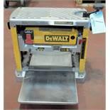 """DeWalt 6"""" x 13"""" Capacity Bench Top Planer, 1-PH"""