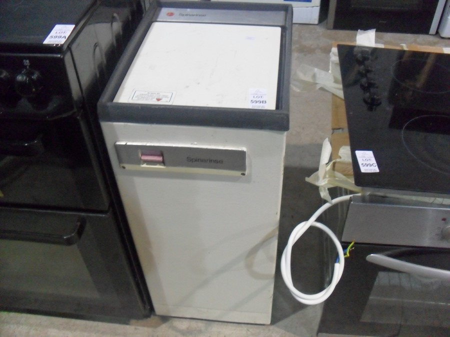 Lot 599B - HOOVER SPIN DRYER