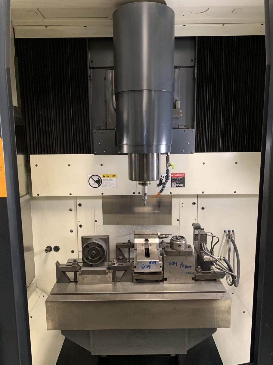 Lot 57 - 2004 MAKINO SNC64 CNC Vertical Machining Center, s/n 735, Professional A CNC Control, 30,000 RPM