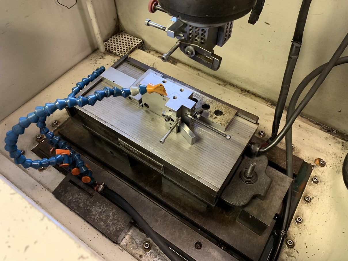 """ELOX/FANUC TAPE SINK MODEL A EDM, s/n S-6A0024, Fanuc System 11M CNC Control, 19.75"""" x 11.75"""" Table, - Image 3 of 7"""