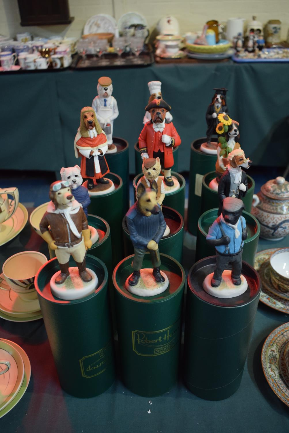Lot 201 - A Collection of Twelve Boxed Robert Harrop Country Companion Dog Figures to Include Bullmastiff Town